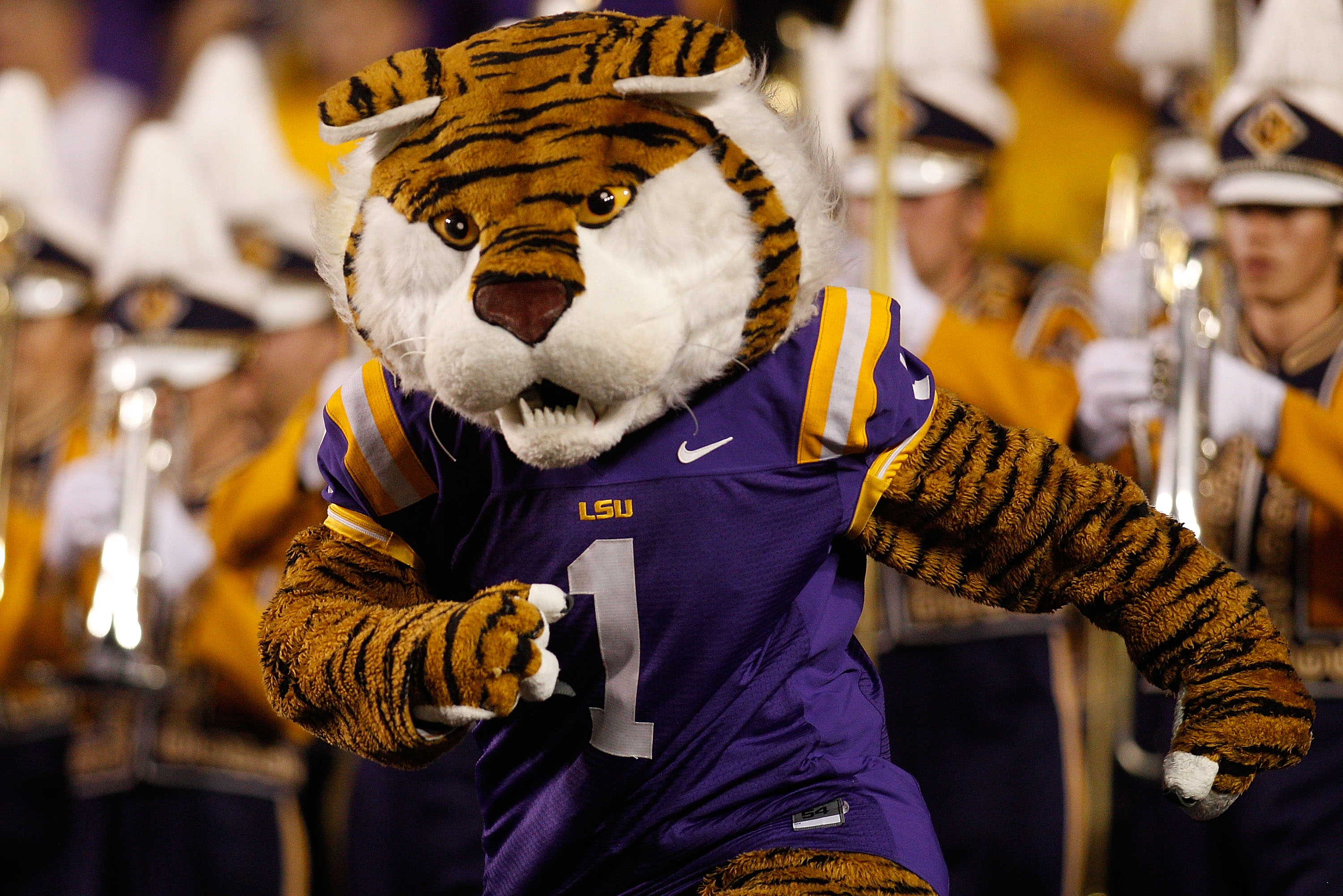 BATON ROUGE, LA - SEPTEMBER 25:  Mascot Mike the Tiger of the Louisiana State Univeristy Tigers marches on the field before the game against the West Virginia Mountaineers at Tiger Stadium on September 25, 2010 in Baton Rouge, Louisiana.  (Photo by Chris