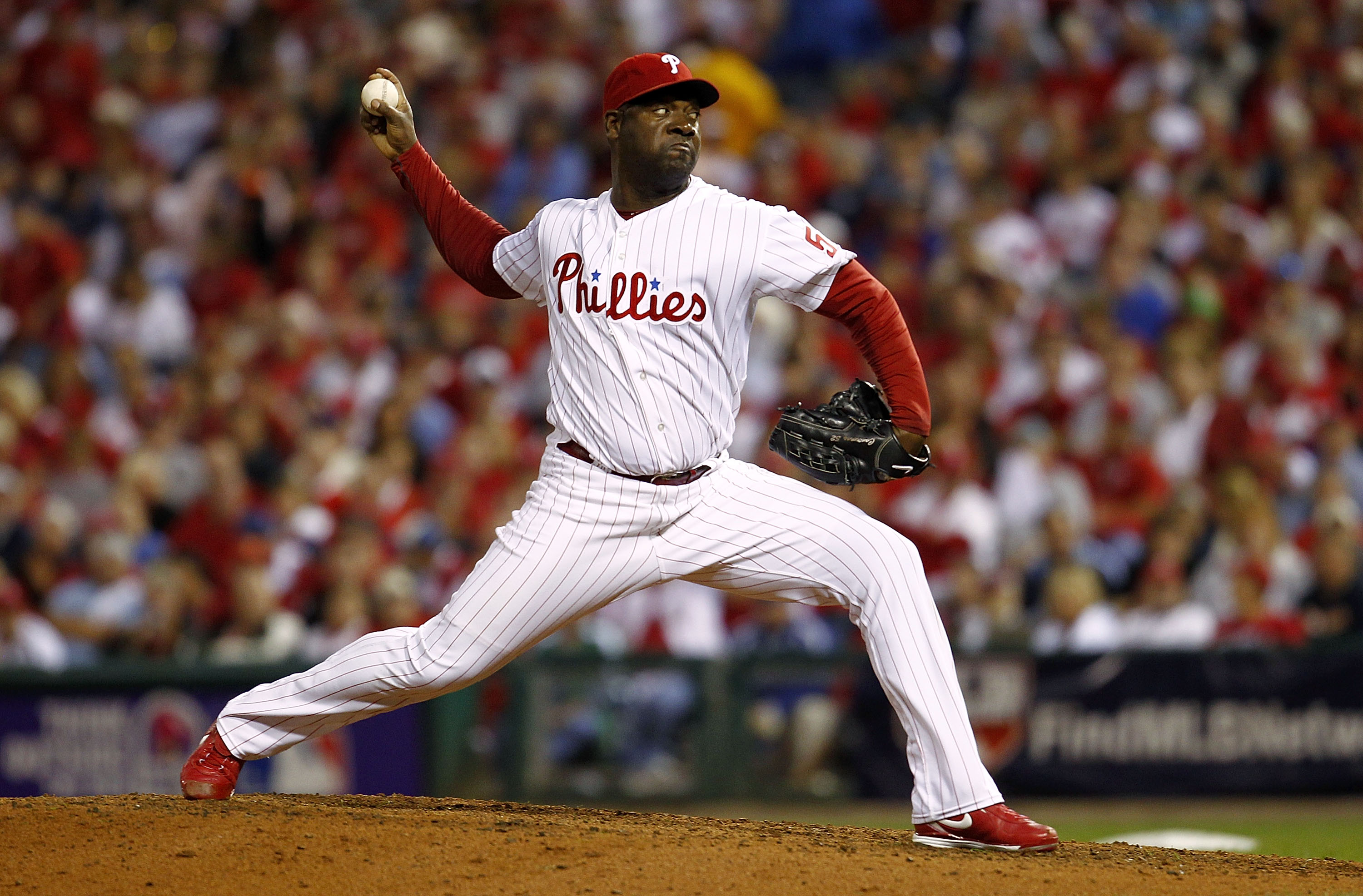 PHILADELPHIA - OCTOBER 08:  Jose Contreras #52 of the Philadelphia Phillies pitches against the Cincinnati Reds in Game 2 of the NLDS at Citizens Bank Park on October 8, 2010 in Philadelphia, Pennsylvania.  (Photo by Jeff Zelevansky/Getty Images)