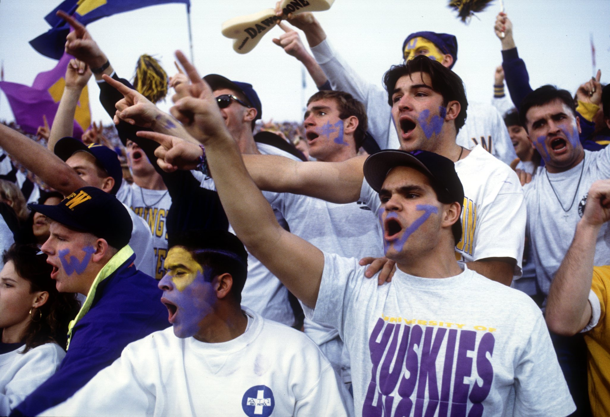 Washington University fans cheer on their team to a 34-14 victory over the University of Michigan in the 1992 Rose Bowl in Pasadena, CA. Mandatory Credit: Stephen Dunn/ALLSPORT