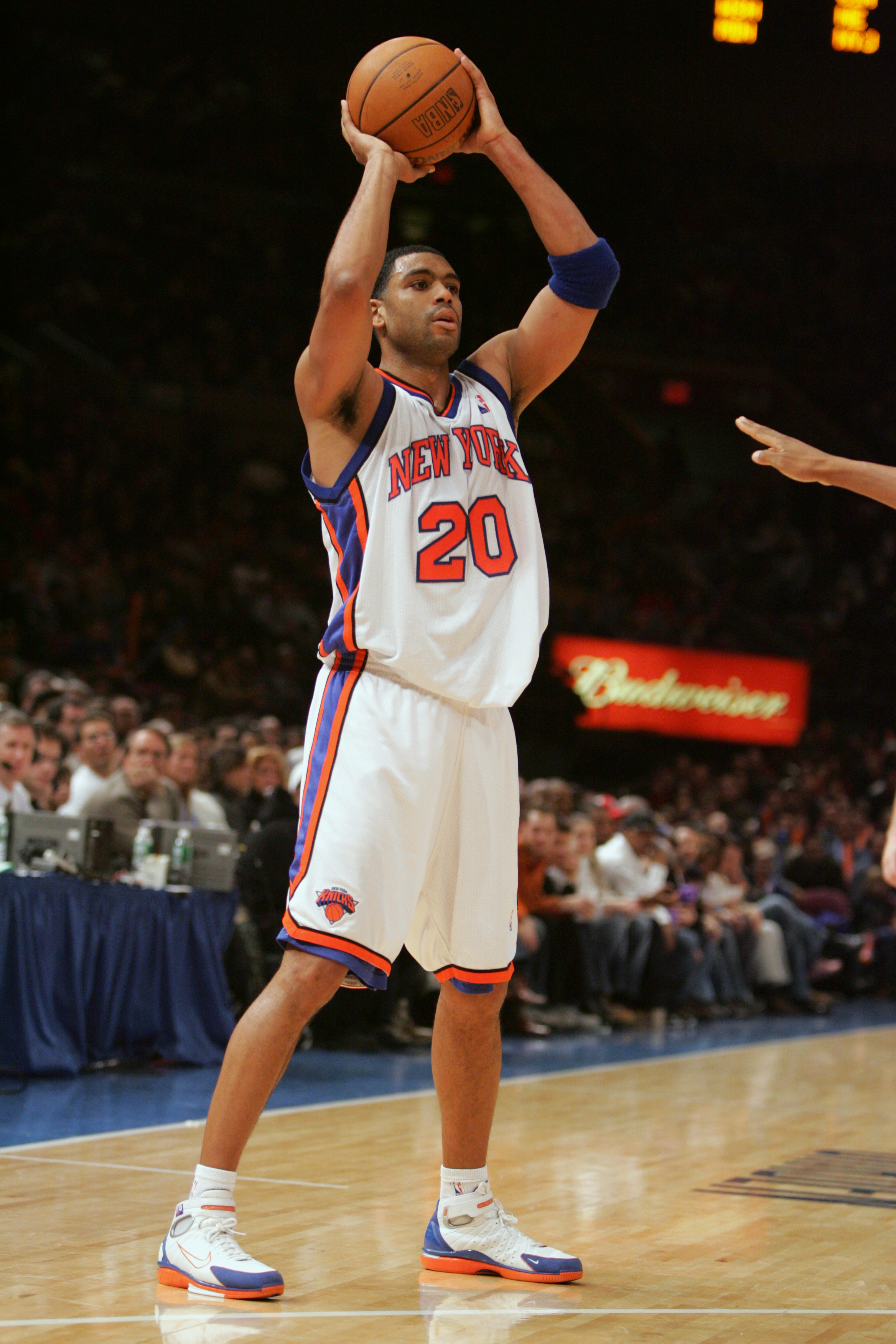 NEW YORK - DECEMBER 26:  Allan Houston #20 of the New York Knicks holds the ball during the game against the Charlotte Bobcats on December 26, 2004 at Madison Square Garden in New York City, New York. The Knicks won 91-82.  NOTE TO USER: User expressly ac