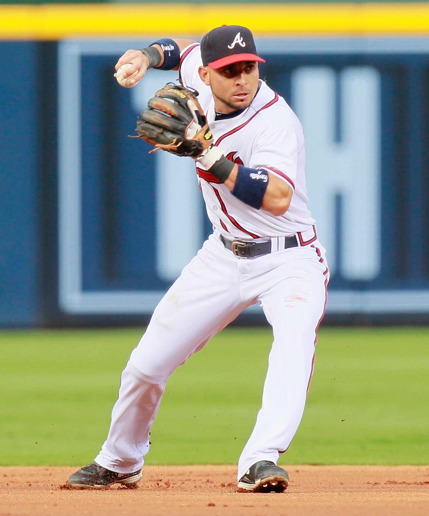 ATLANTA - SEPTEMBER 09:  Omar Infante #4 of the Atlanta Braves against the St. Louis Cardinals at Turner Field on September 9, 2010 in Atlanta, Georgia.  (Photo by Kevin C. Cox/Getty Images)