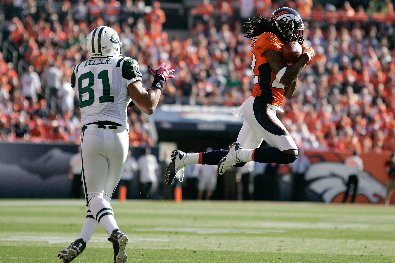 Broncos corner back Syd'Quan Thompson intercepts Dustin Keller