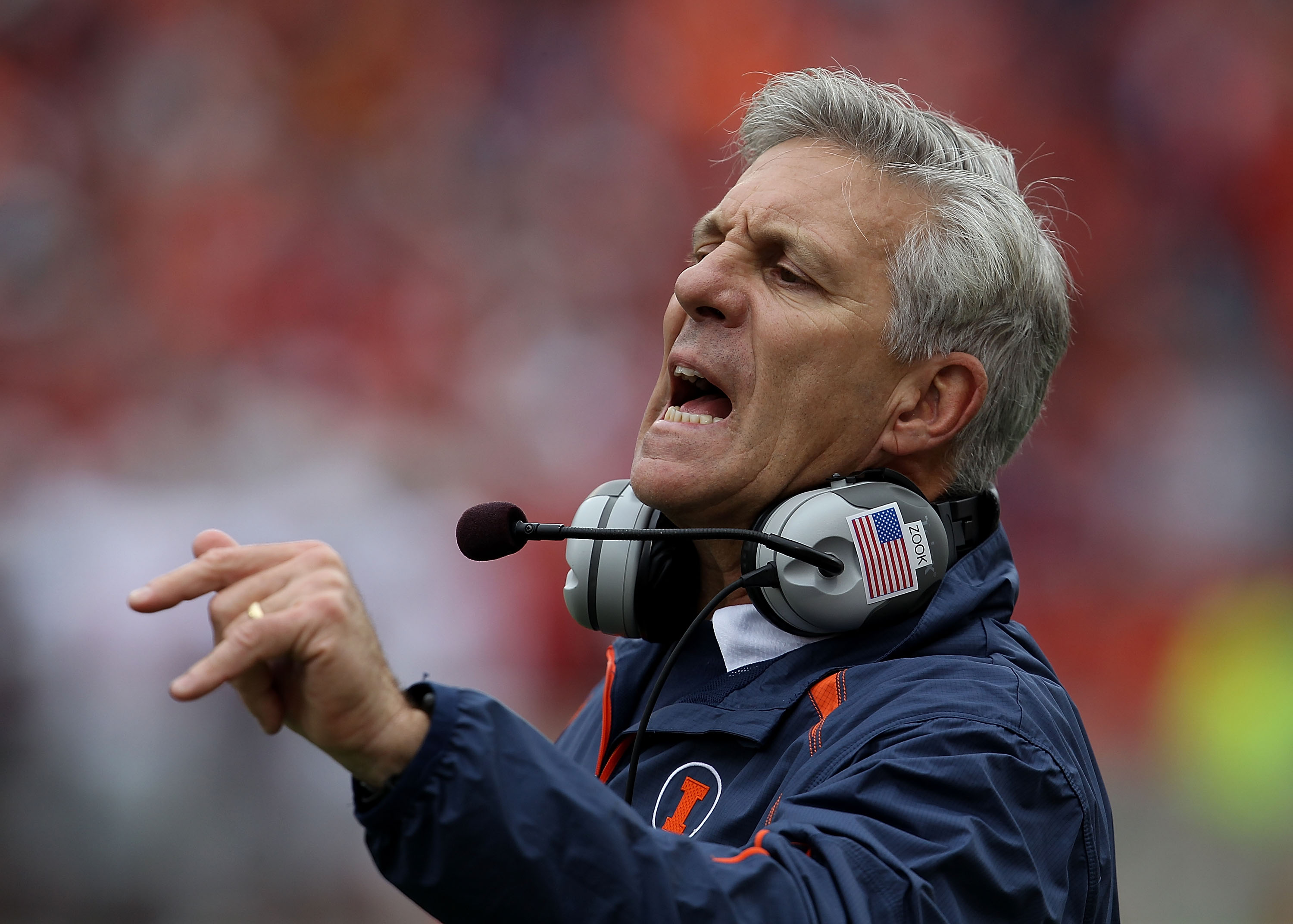 CHAMPAIGN, IL - OCTOBER 02: Head coach Ron Zook of the Illinois Fighting Illini gives instructions to his team against the Ohio State Buckeyes at Memorial Stadium on October 2, 2010 in Champaign, Illinois. Ohio State defeated Illinois 24-13. (Photo by Jon
