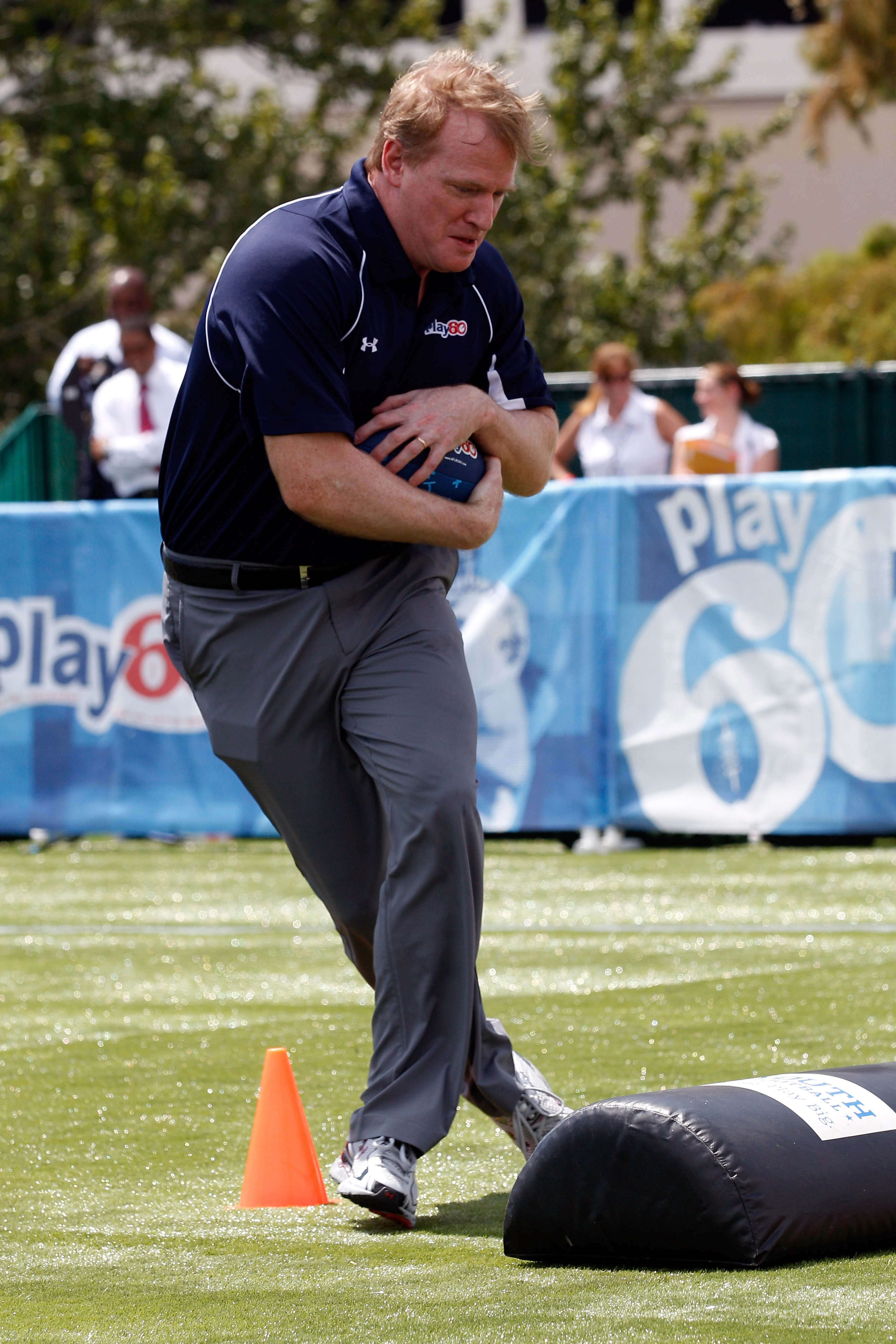 NEW ORLEANS - SEPTEMBER 08:  NFL commissioner Roger Goodell  plays on the field during the NFL�s Play 60 campaign to fight childhood obesity at Brock Elementary School September 8, 2010 in New Orleans, Louisiana. Obama joined NFL Commissioner Roger Goodel
