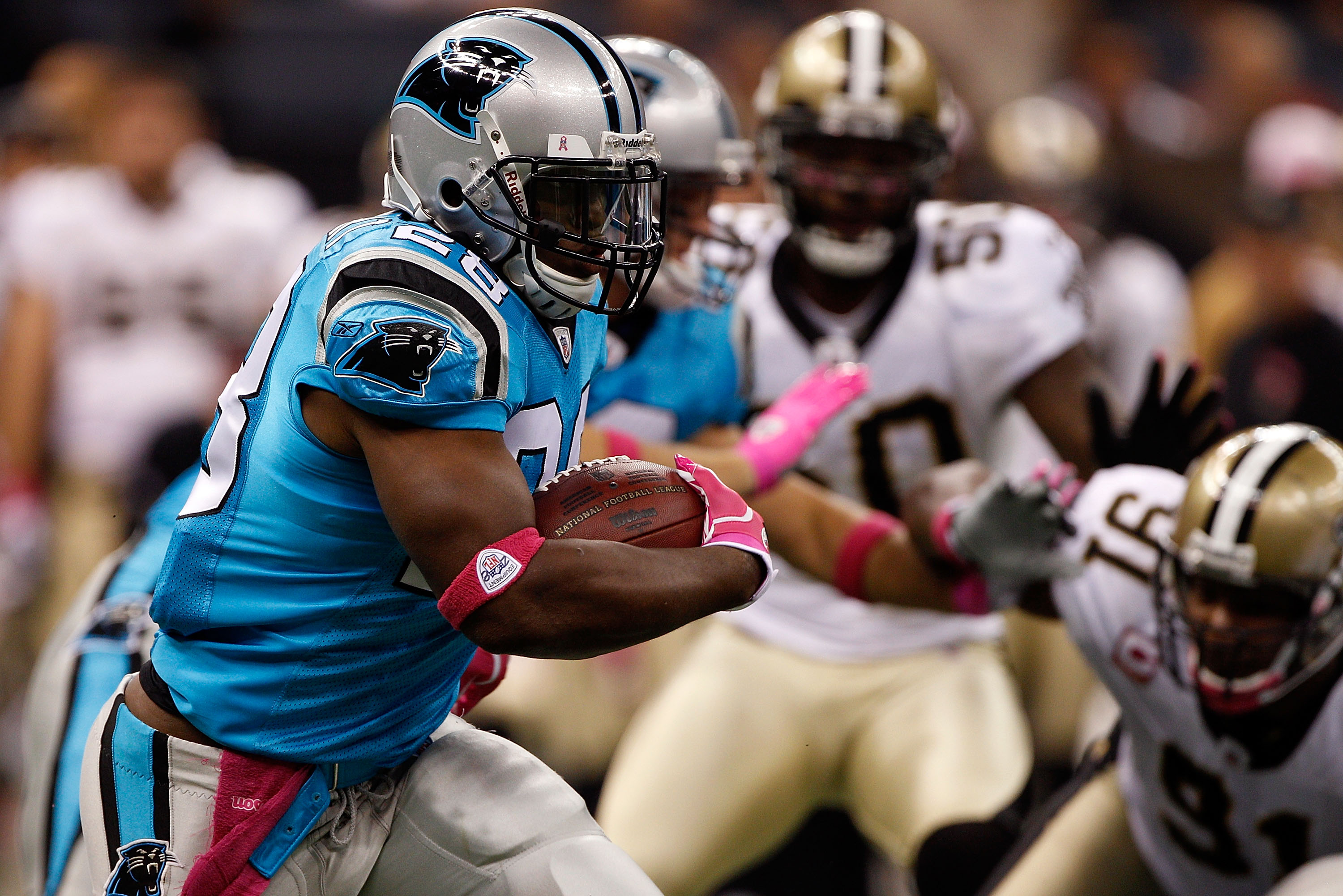 NEW ORLEANS - OCTOBER 03:  Jonathan Stewart #28 of the Carolina Panthers in action during the game against the New Orleans Saints at the Louisiana Superdome on October 3, 2010 in New Orleans, Louisiana.  (Photo by Chris Graythen/Getty Images)