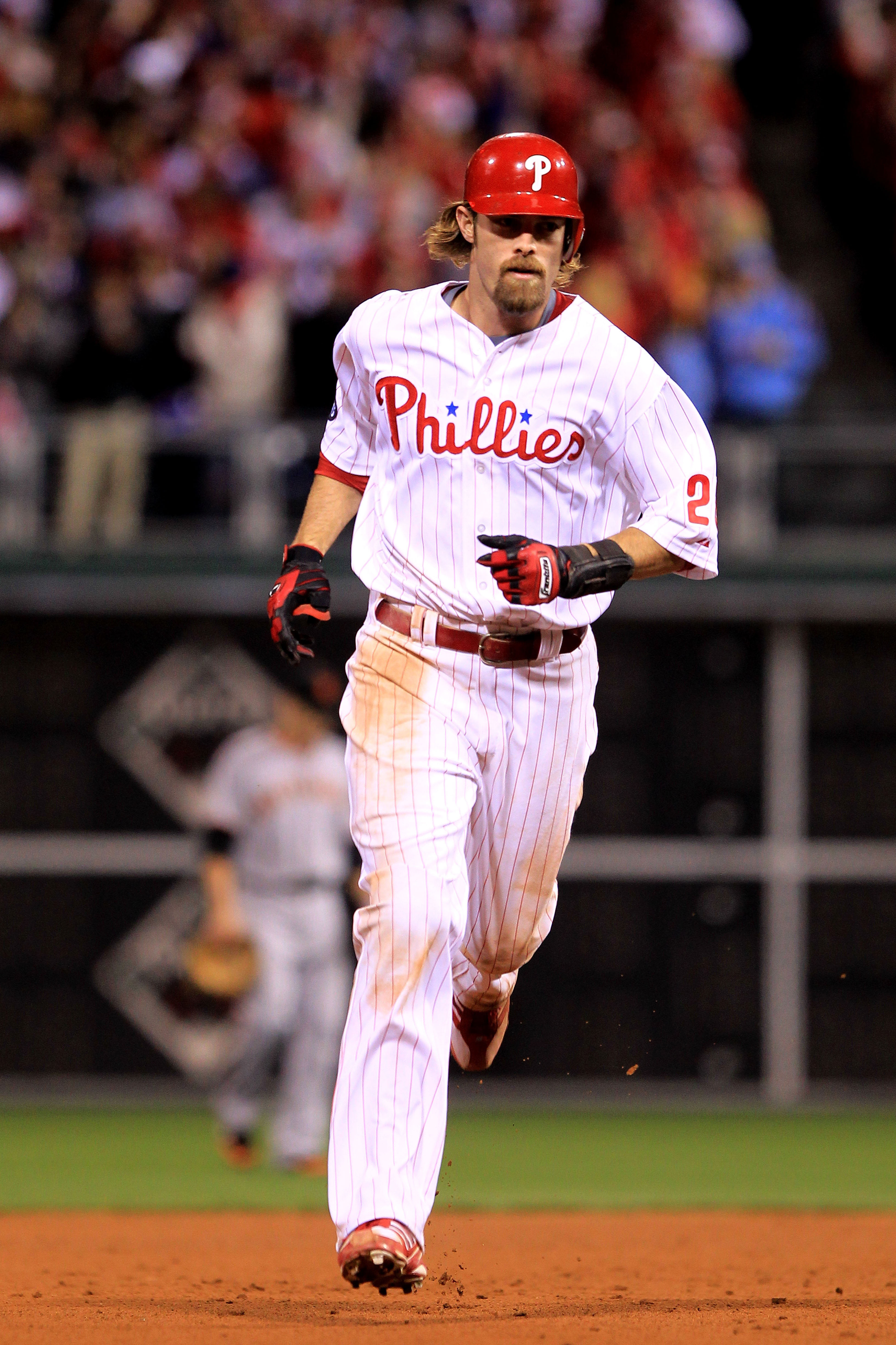 PHILADELPHIA - OCTOBER 16:  Jayson Werth #28 of the Philadelphia Phillies rounds the bases after he hits a two-run home run in the sixth inning against the San Francisco Giants in Game One of the NLCS during the 2010 MLB Playoffs at Citizens Bank Park on