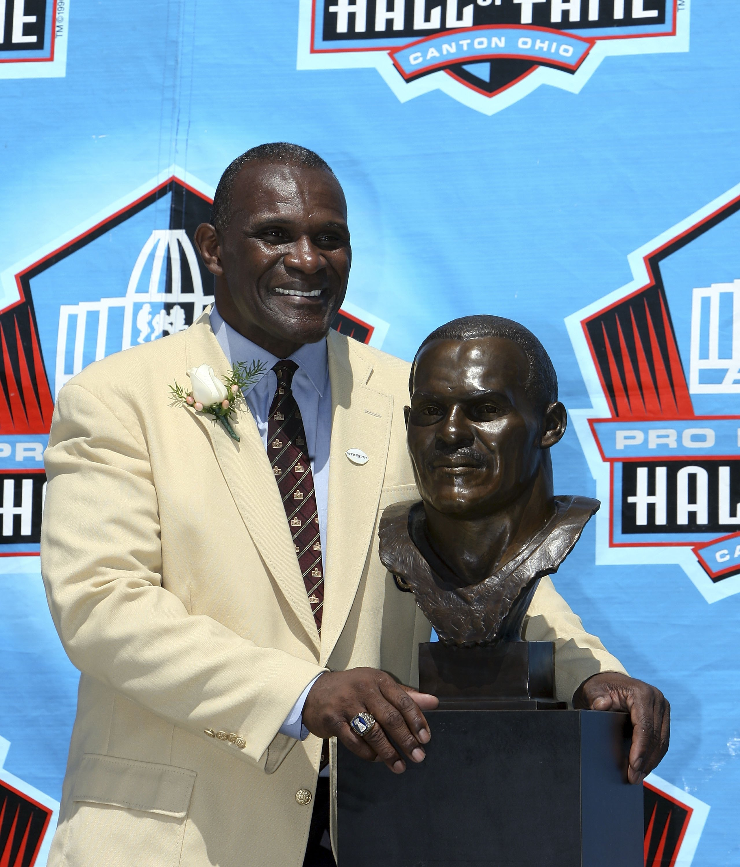 Harry Carson With His Hall of Fame Bust In Canton Ohio