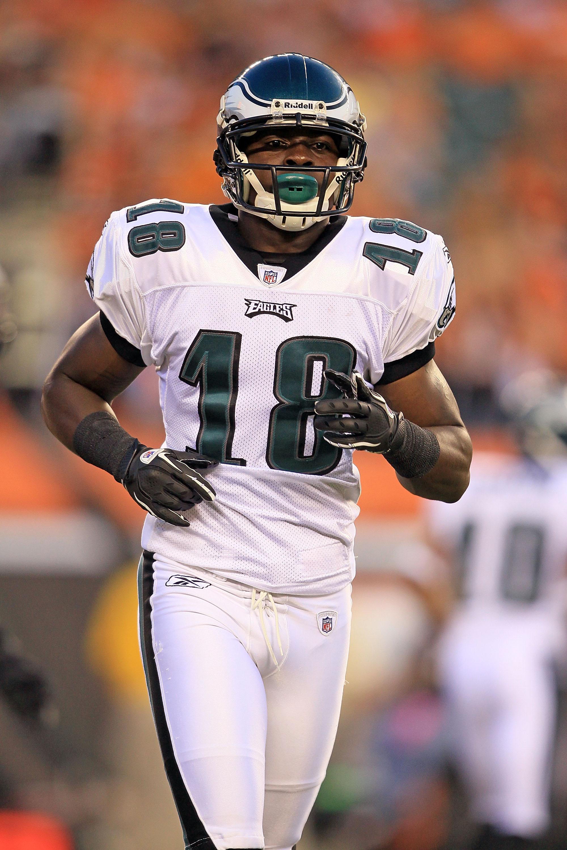 637acad13b9 CINCINNATI - AUGUST 20: Jeremy Maclin #18 of the Philadelphia Eagles is  pictured during
