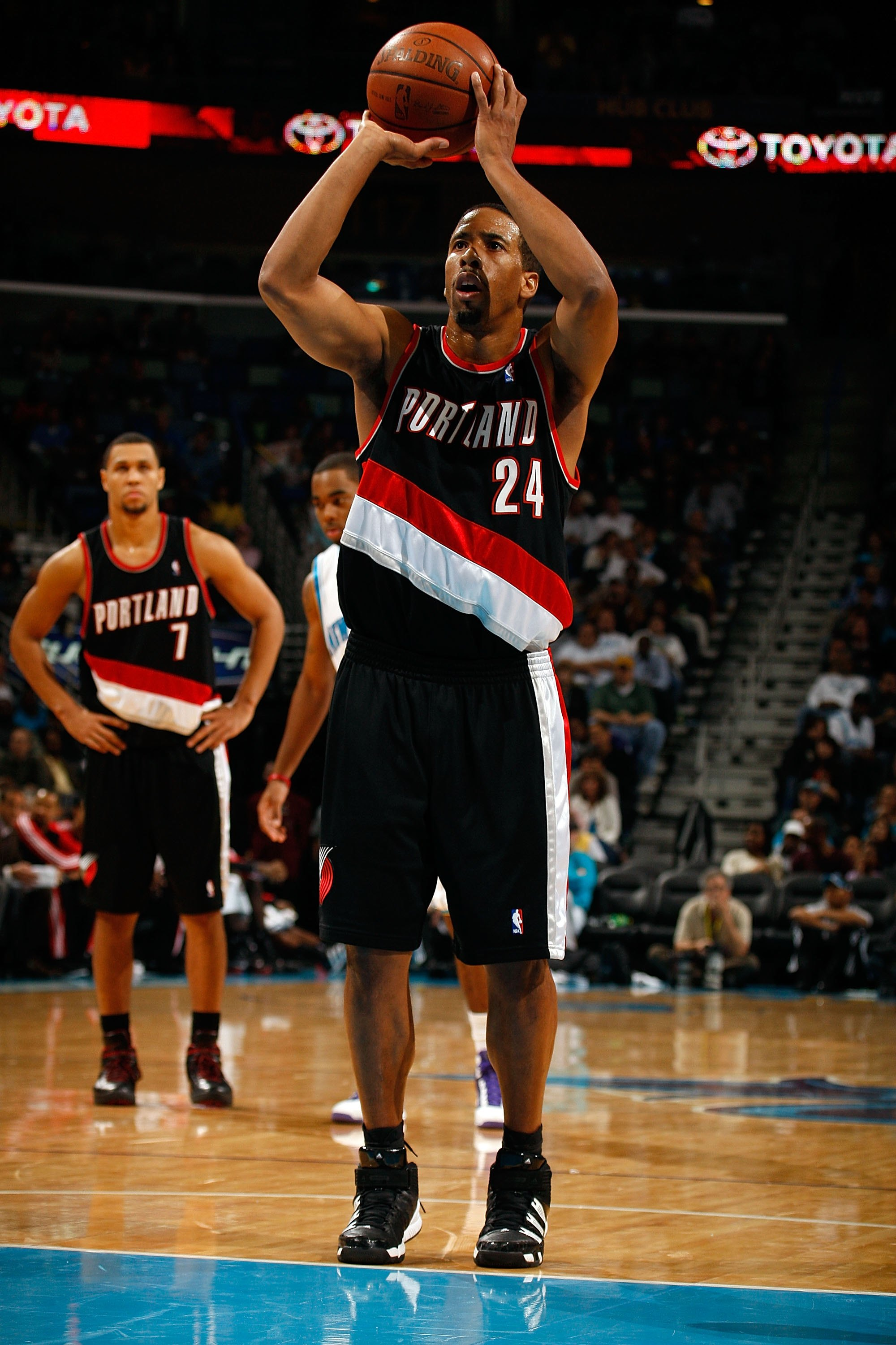 NEW ORLEANS - NOVEMBER 13:  Andre Miller #24 of the Portland Trail Blazers shoots a free throw against the New Orleans Hornets at the New Orleans Arena on November 13, 2009 in New Orleans, Louisiana.  NOTE TO USER: User expressly acknowledges and agrees t