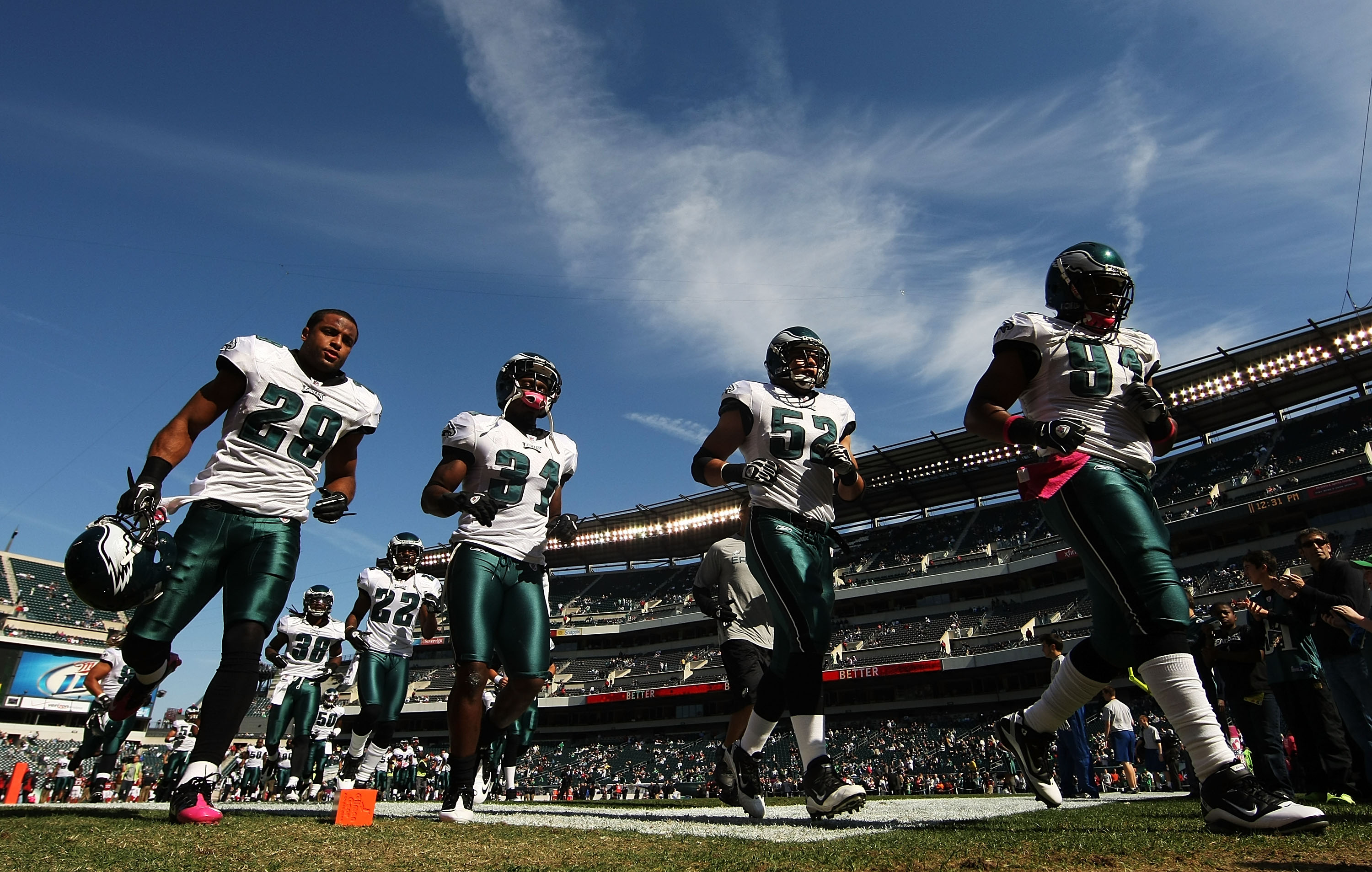 PHILADELPHIA - OCTOBER 17:  The Philadelphia Eagles exit the field after warmups against the Atlanta Falcons before their game at Lincoln Financial Field on October 17, 2010 in Philadelphia, Pennsylvania.  (Photo by Al Bello/Getty Images)