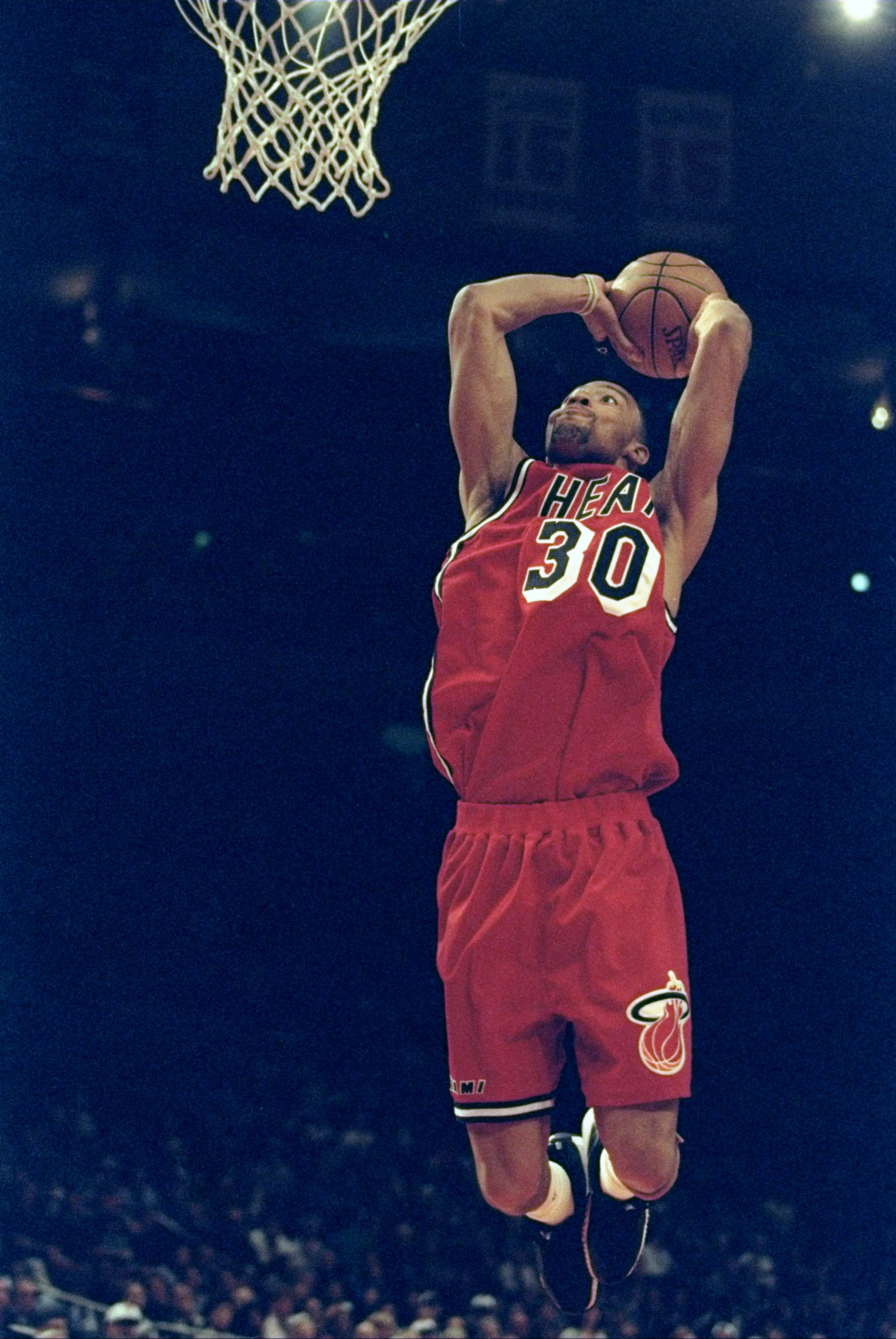 8 Apr 1998:  Mark Strickland #30 of the Miami Heat jumps to slam dunk the ball during a game against the New York Knicks at Madison Square Garden in Manhattan, New York. The Knicks defeated the Heat 83-80. Mandatory Credit: Al Bello  /Allsport