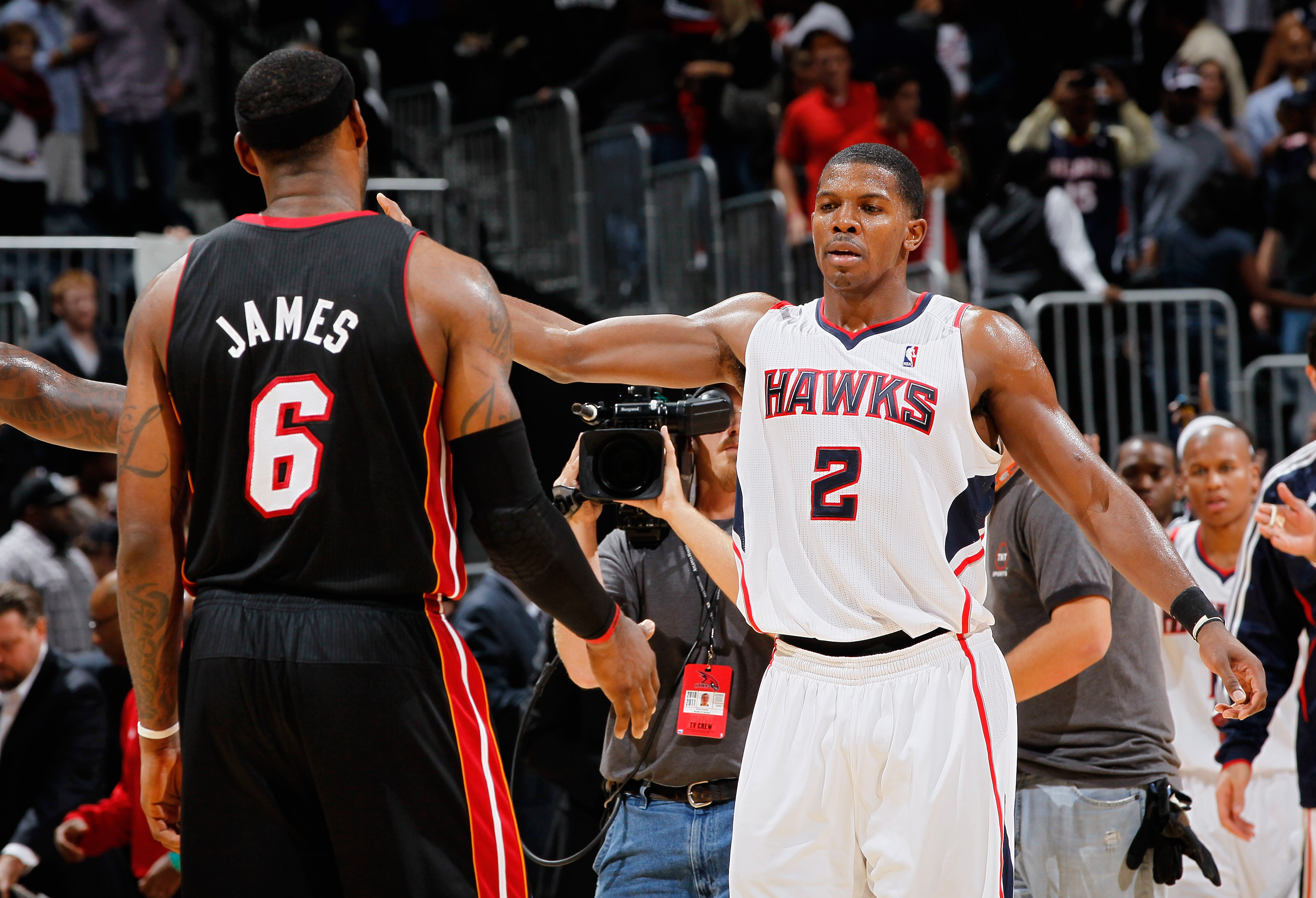ATLANTA - OCTOBER 21:  Joe Johnson #2 of the Atlanta Hawks walks over to hug LeBron James #6 of the Miami Heat after the Hawks 98-89 win at Philips Arena on October 21, 2010 in Atlanta, Georgia.  (Photo by Kevin C. Cox/Getty Images)