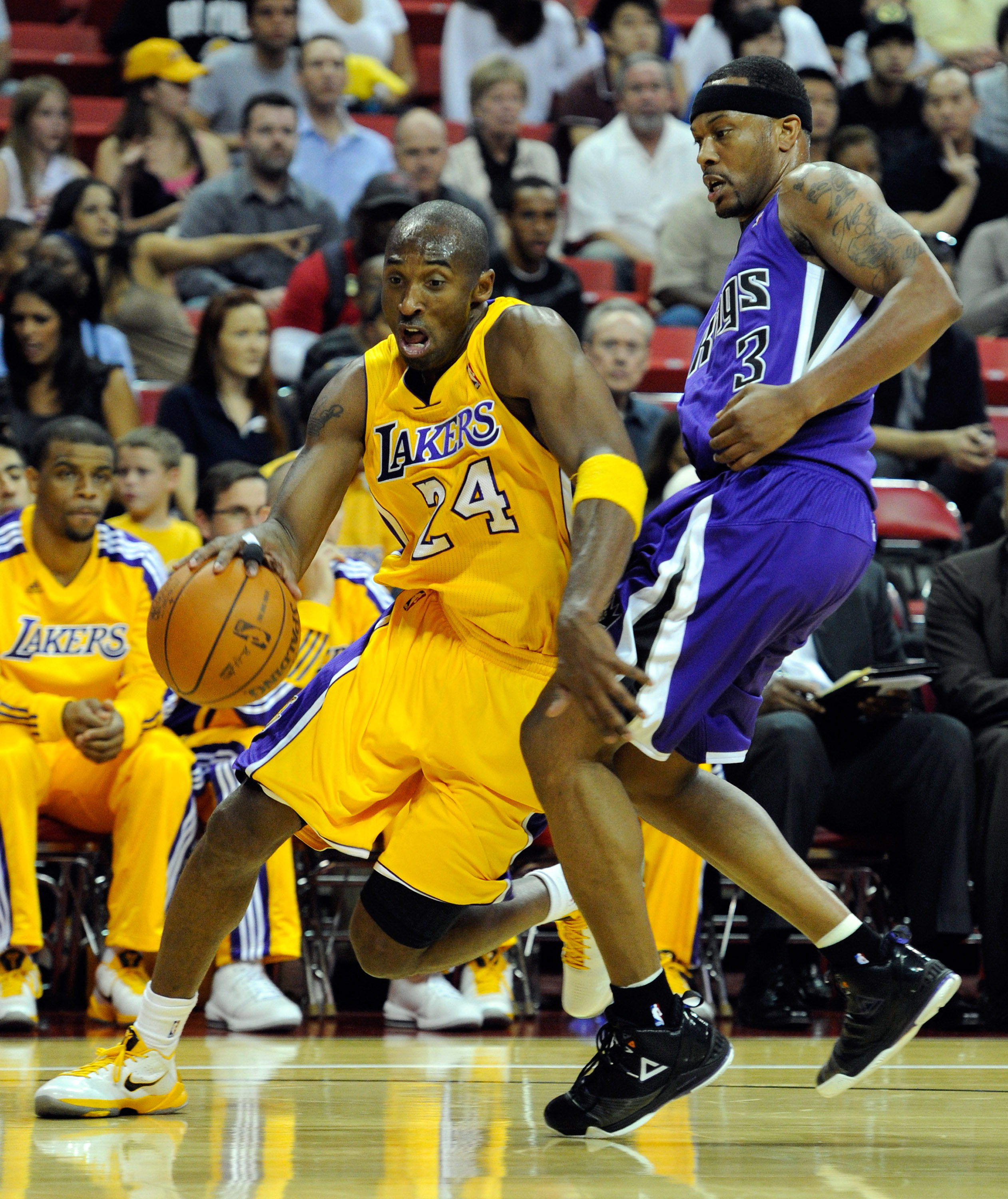 best website fcc7e 5b099 LAS VEGAS - OCTOBER 13  Kobe Bryant  24 of the Los Angeles Lakers drives