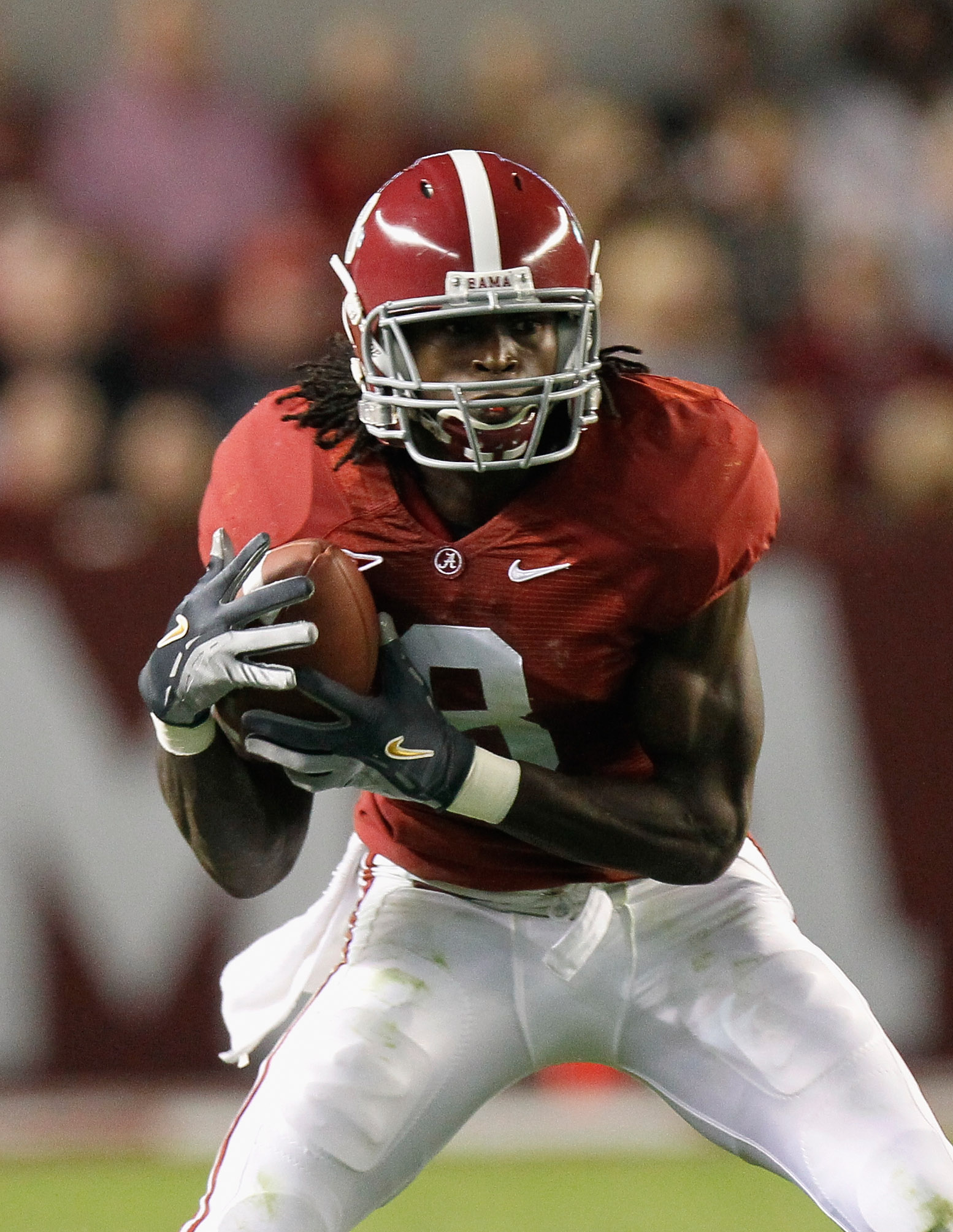 TUSCALOOSA, AL - OCTOBER 16:  Julio Jones #8 of the Alabama Crimson Tide against the Ole Miss Rebels at Bryant-Denny Stadium on October 16, 2010 in Tuscaloosa, Alabama.  (Photo by Kevin C. Cox/Getty Images)