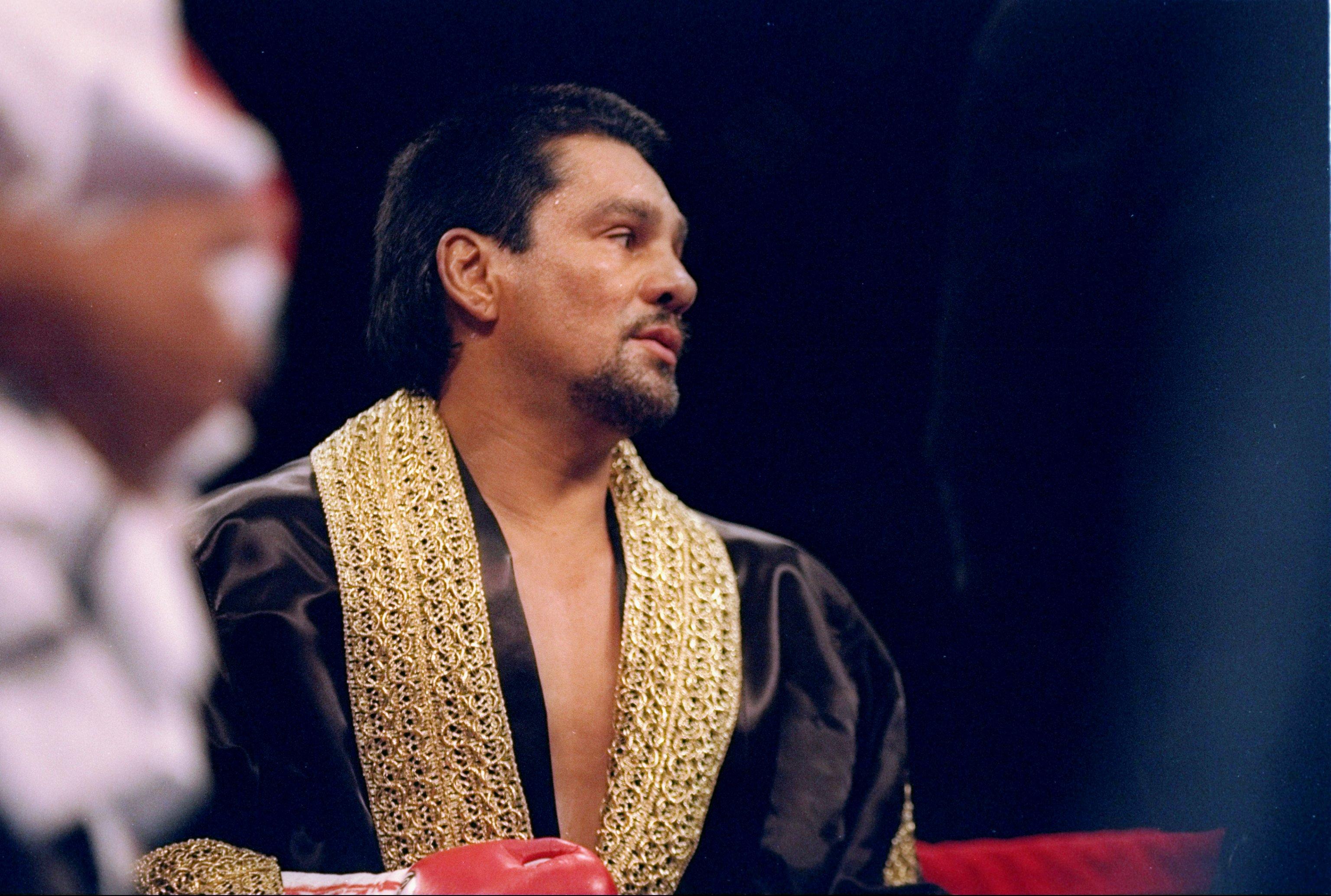 25 Jun 1994: Roberto Duran looks on during his bout against Vinny Pazienza in Las Vegas, Nevada.