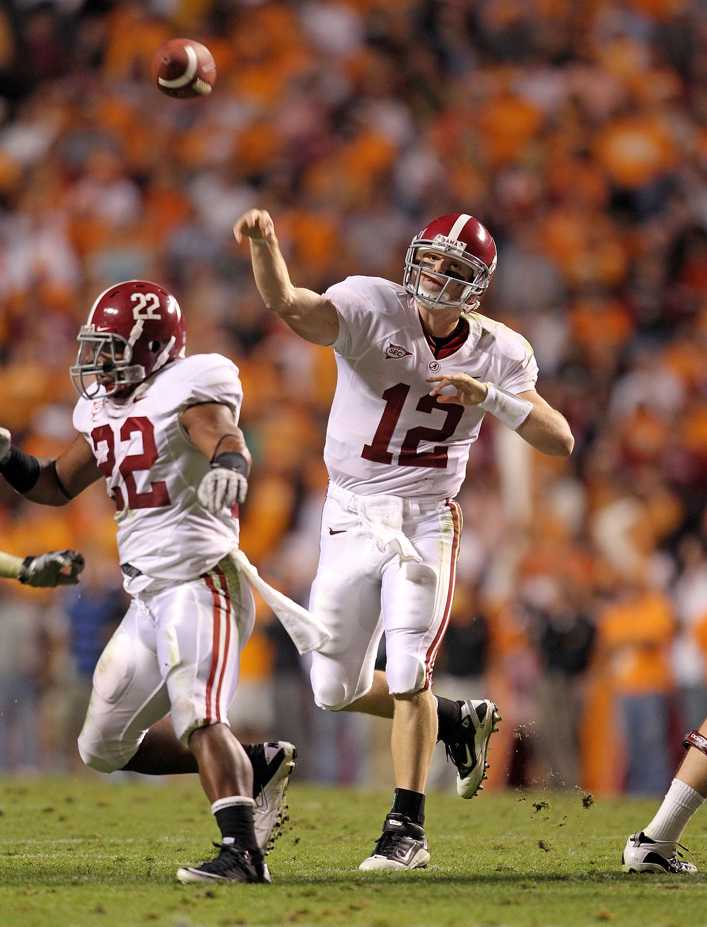 KNOXVILLE, TN - OCTOBER 23: Greg McElroy #12 of the Alabama Crimson Tide throws a pass during the SEC game against the Tennessee Volunteers at Neyland Stadium on October 23, 2010 in Knoxville, Tennessee.  (Photo by Andy Lyons/Getty Images)
