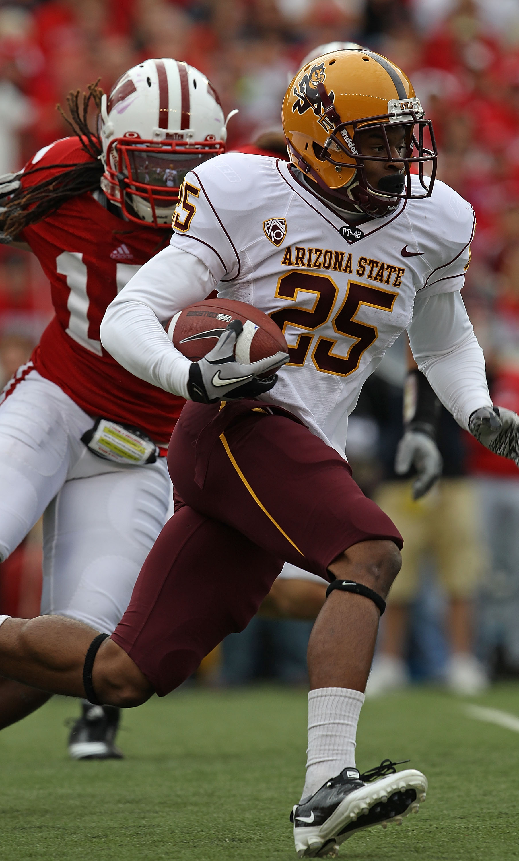 MADISON, WI - SEPTEMBER 18: Deantre Lewis #25  of the Arizona State Sun Devils runs against the Wisconsin Badgers at Camp Randall Stadium on September 18, 2010 in Madison, Wisconsin. Wisconsin defeated Arizona State 20-19. (Photo by Jonathan Daniel/Getty