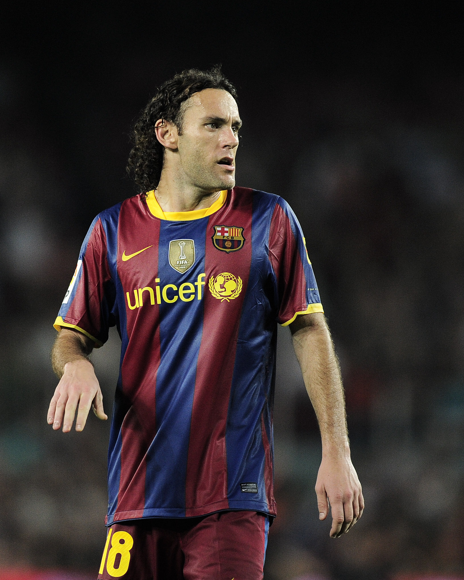 BARCELONA, SPAIN - OCTOBER 03:  Gabriel Milito of Barcelona looks on during the La Liga match between Barcelona and Mallorca at the Camp Nou stadium on October 3, 2010 in Barcelona, Spain. The Match ended in a 1-1 draw. (Photo by David Ramos/Getty Images)