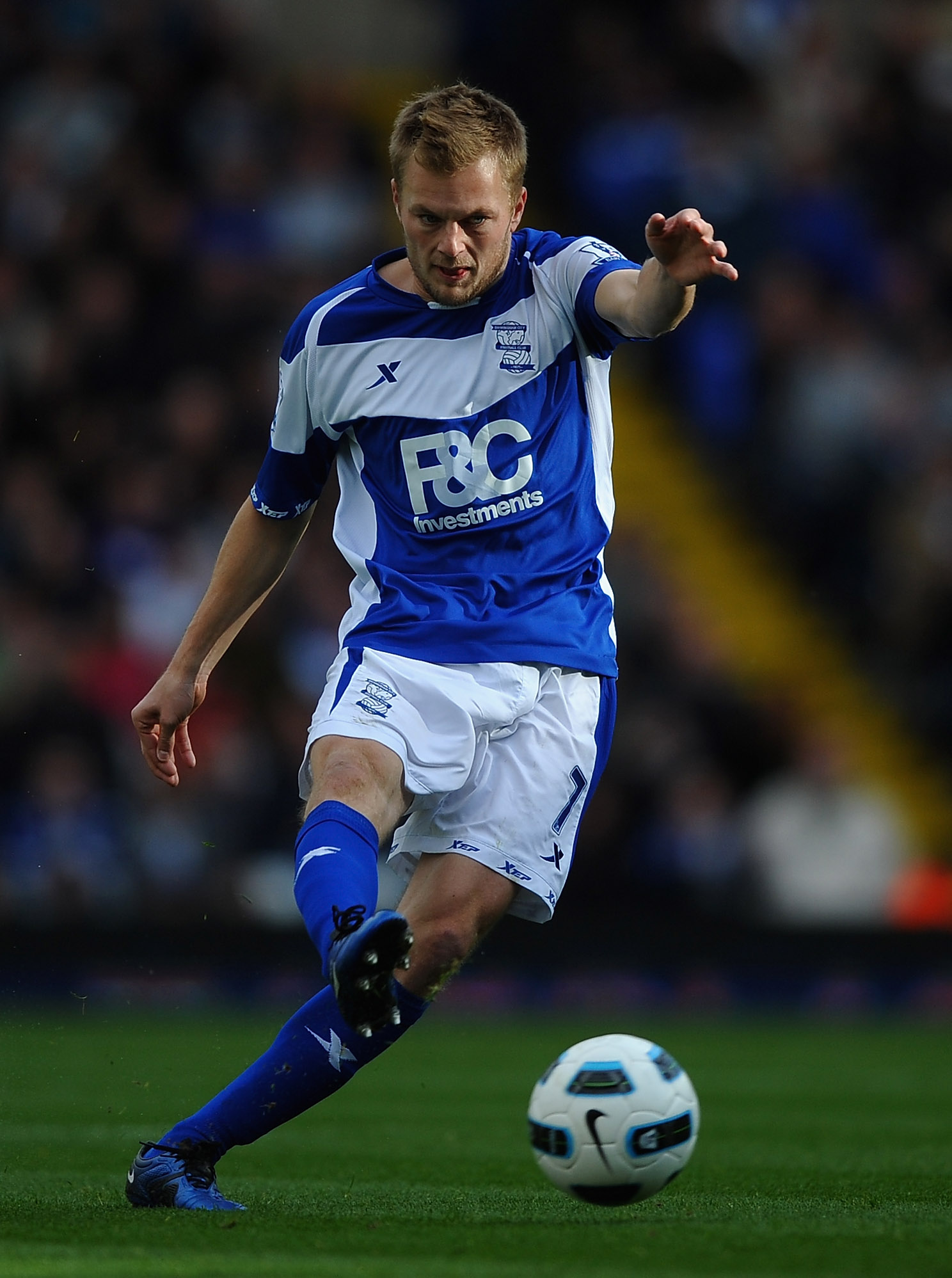 BIRMINGHAM, ENGLAND - OCTOBER 23:  Sebastian Larsson of Birmingham City in action during the Barclays Premier League match between Birmingham City and Blackpool at St Andrews on October 23, 2010 in Birmingham, England.  (Photo by Laurence Griffiths/Getty