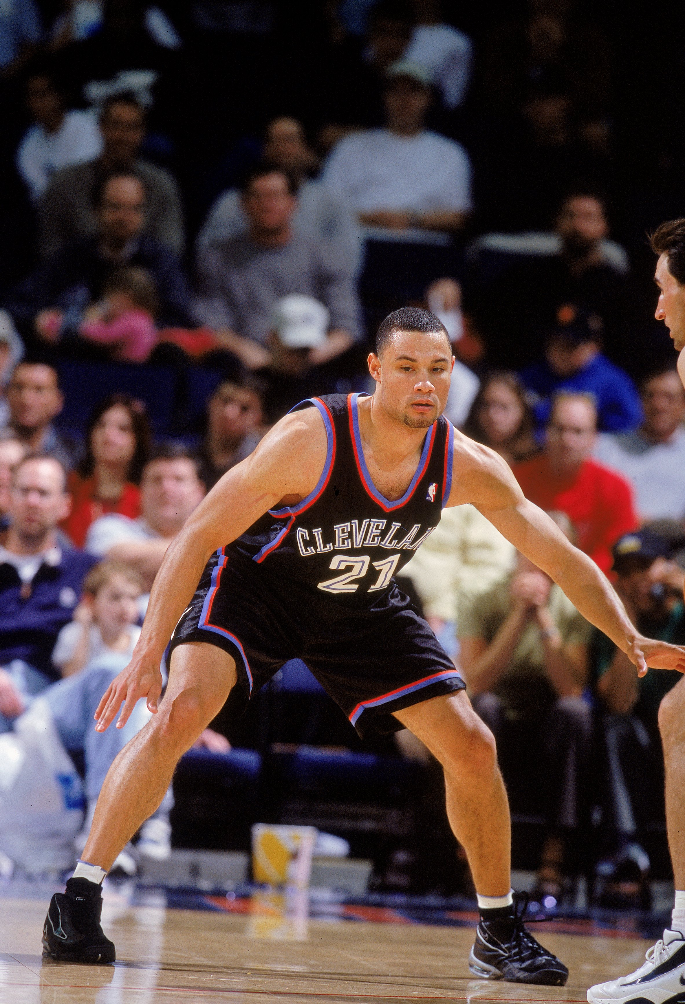 15 Jan 2001:   Trajan Langdon #21 of the Cleveland Cavaliers guards his player during the game against the Golden State Warriors at the Arena in Oakland in Oakland, California. The Cavaliers defeated the Warriors 107-101.   NOTE TO USER: It is expressly u