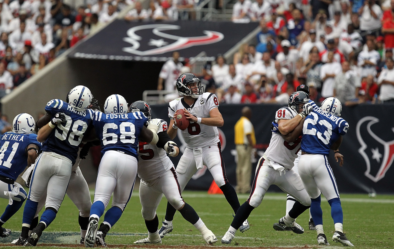 HOUSTON - SEPTEMBER 12:  Quarterback Matt Schaub #8 at Reliant Stadium on September 12, 2010 in Houston, Texas.  (Photo by Ronald Martinez/Getty Images)