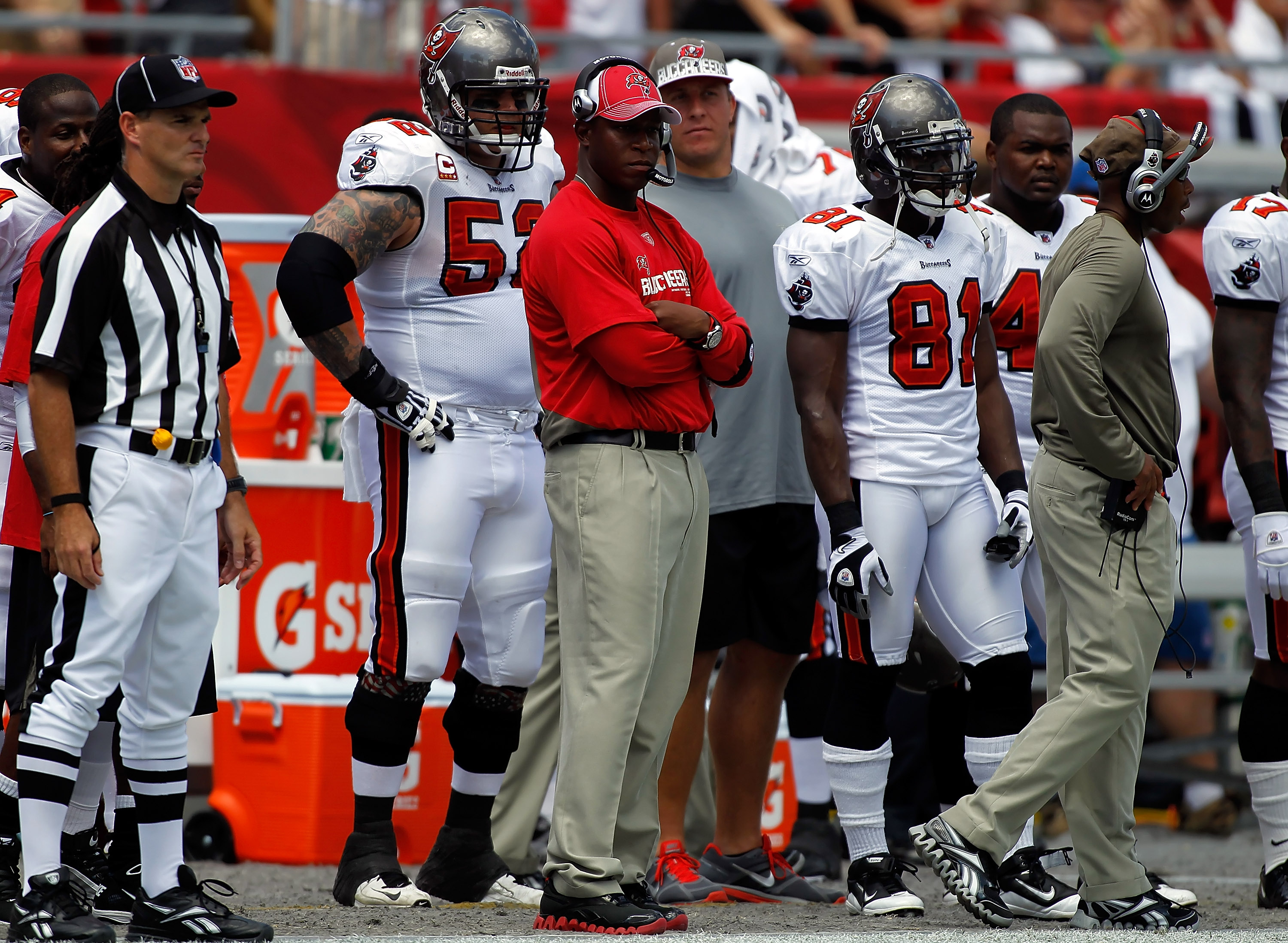 TAMPA, FL - SEPTEMBER 26:  Head coach Raheem Morris of the Tampa Bay Buccaneers watches his team against the Pittsburgh Steelers during the game at Raymond James Stadium on September 26, 2010 in Tampa, Florida.  (Photo by J. Meric/Getty Images)