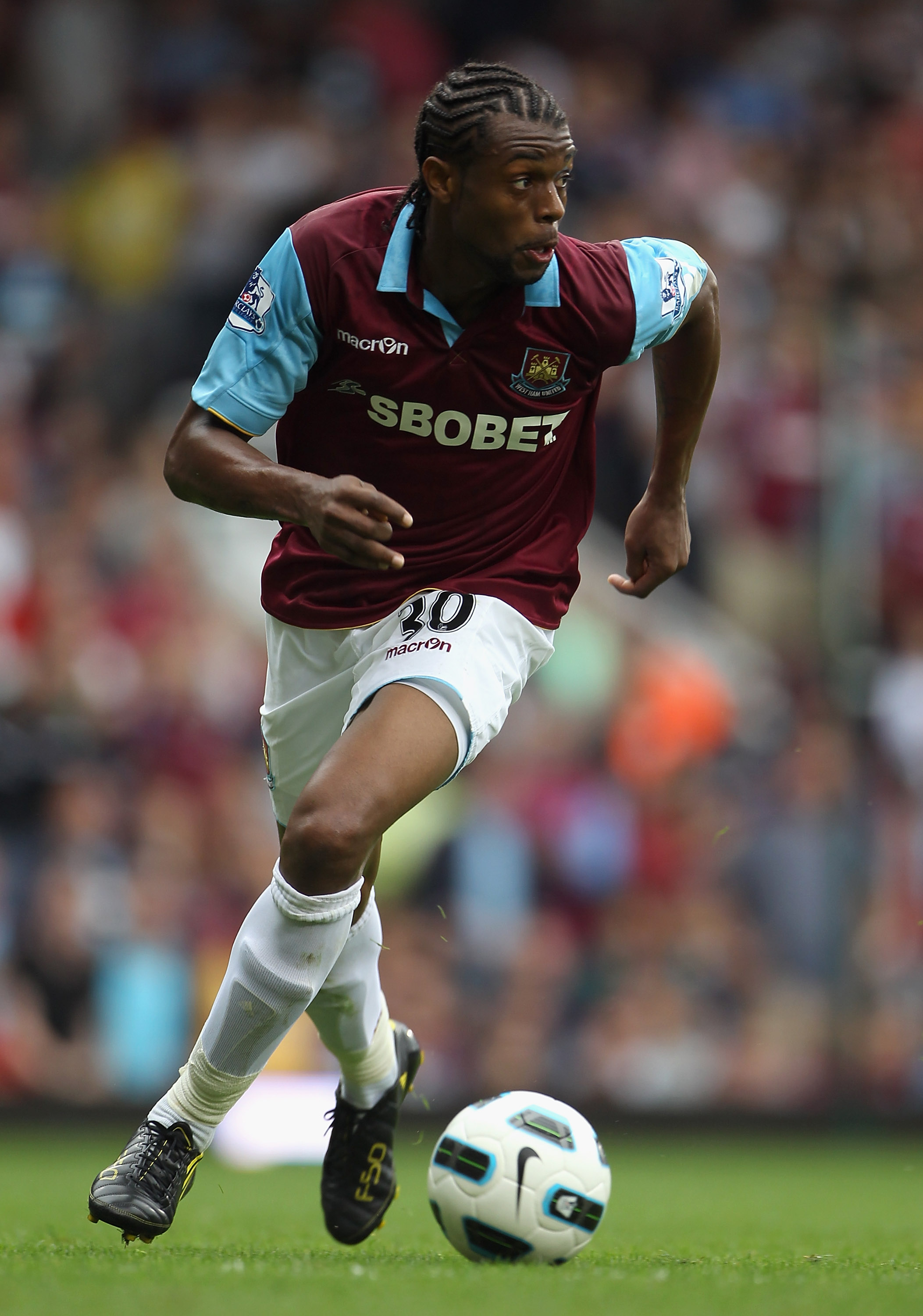 LONDON, ENGLAND - AUGUST 21:  Frederic Piquionne of West Ham United runs with the ball during the Barclays Premier League match between West Ham United and Bolton Wanderers at the Boleyn Ground on August 21, 2010 in London, England.  (Photo by Phil Cole/G
