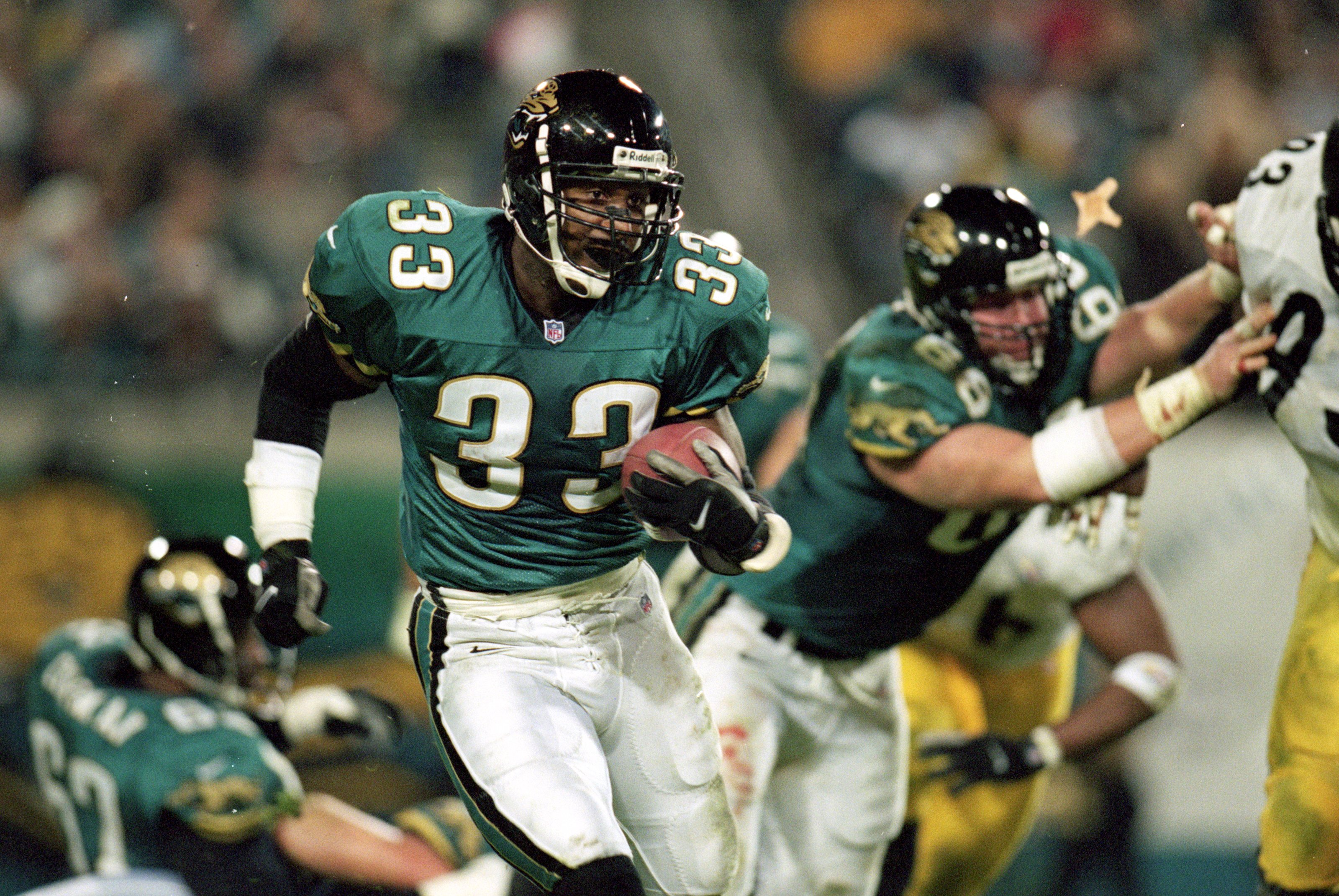 2 Dec 1999: James Stewart #33 of the Jacksonville Jaguars carries the ball during the game against the Pittsburgh Steelers at the Alltell Stadium in Jacksonville, Florida. The Jaguarss defeated the Steelers 20-6. Mandatory Credit: Andy Lyons  /Allsport