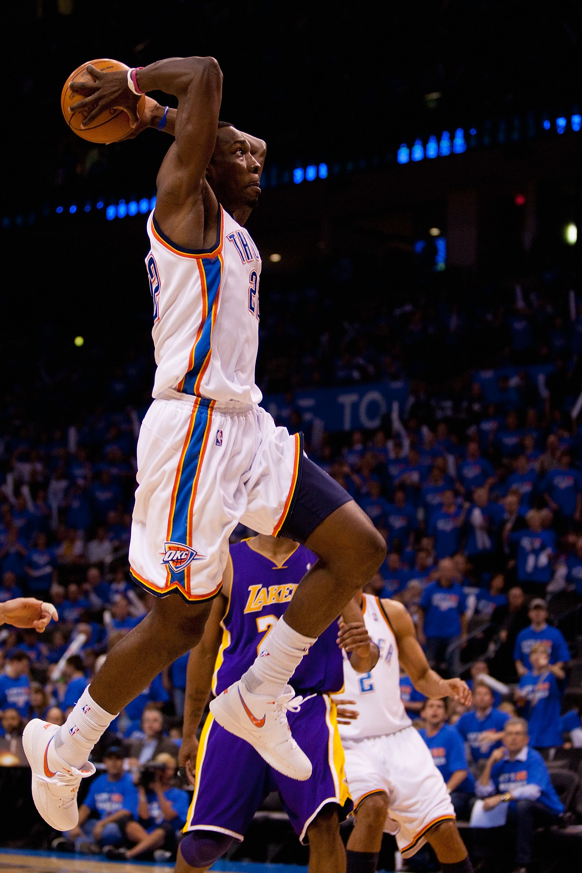 OKLAHOMA CITY - APRIL 30: Jeff Green #22 of the Oklahoma City Thunder flies to the basket against the Los Angeles Lakers during Game Six of the Western Conference Quarterfinals of the 2010 NBA Playoffs on April 30, 2010 at the Ford Center in Oklahoma City