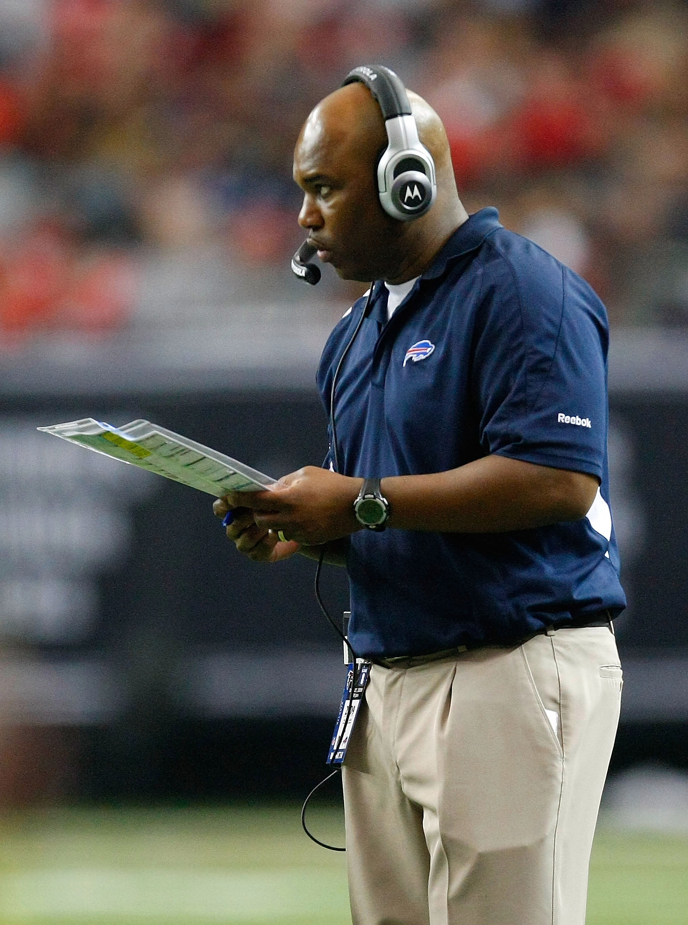 ATLANTA - DECEMBER 27:  Head coach Perry Fewell of the Buffalo Bills looks on from the sidelines against the Atlanta Falcons at Georgia Dome on December 27, 2009 in Atlanta, Georgia.  (Photo by Kevin C. Cox/Getty Images)