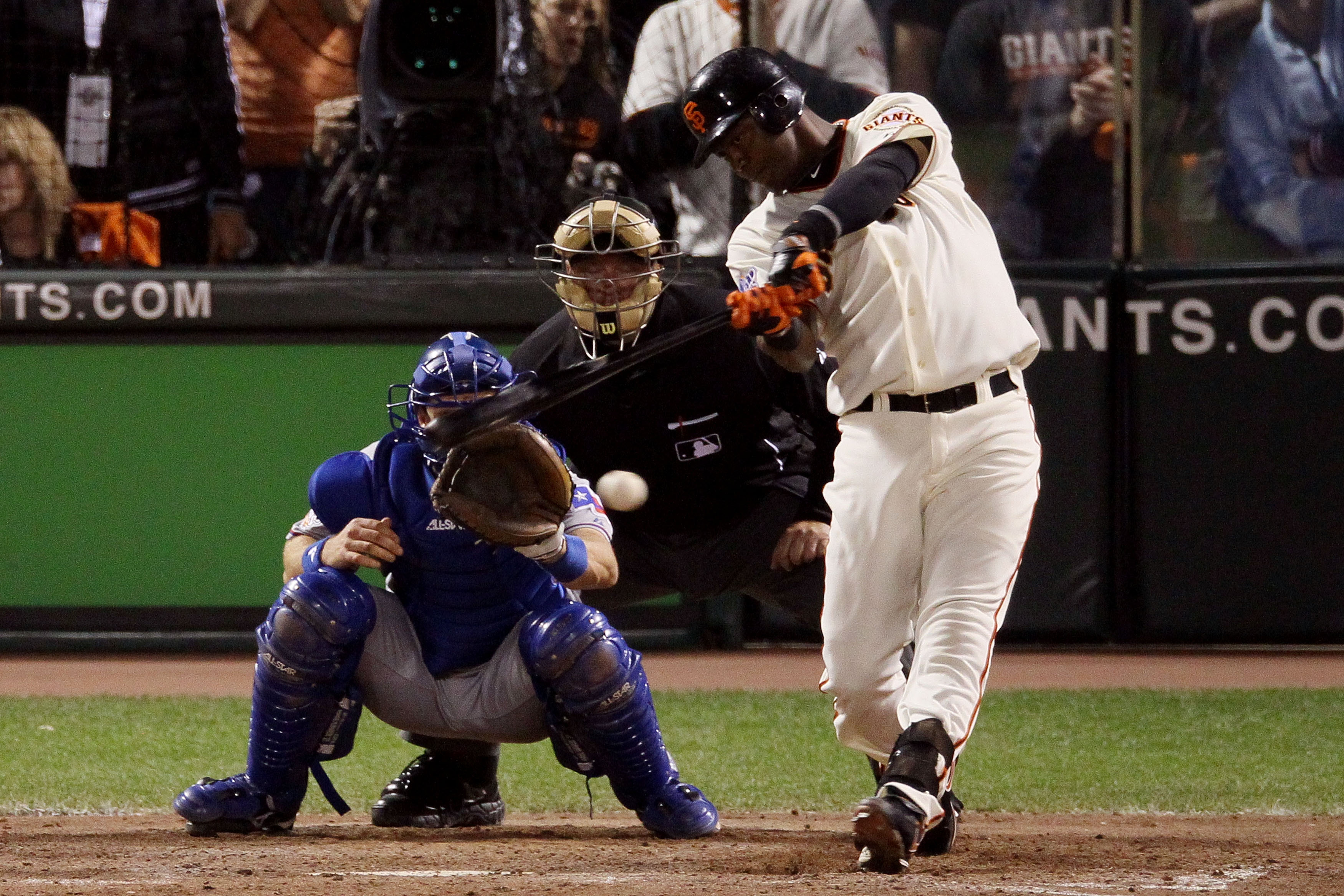 SAN FRANCISCO - OCTOBER 28:  Edgar Renteria #16 of the San Francisco Giants hits a two-run single in the eighth inning while taking on the Texas Rangers in Game Two of the 2010 MLB World Series at AT&T Park on October 28, 2010 in San Francisco, California