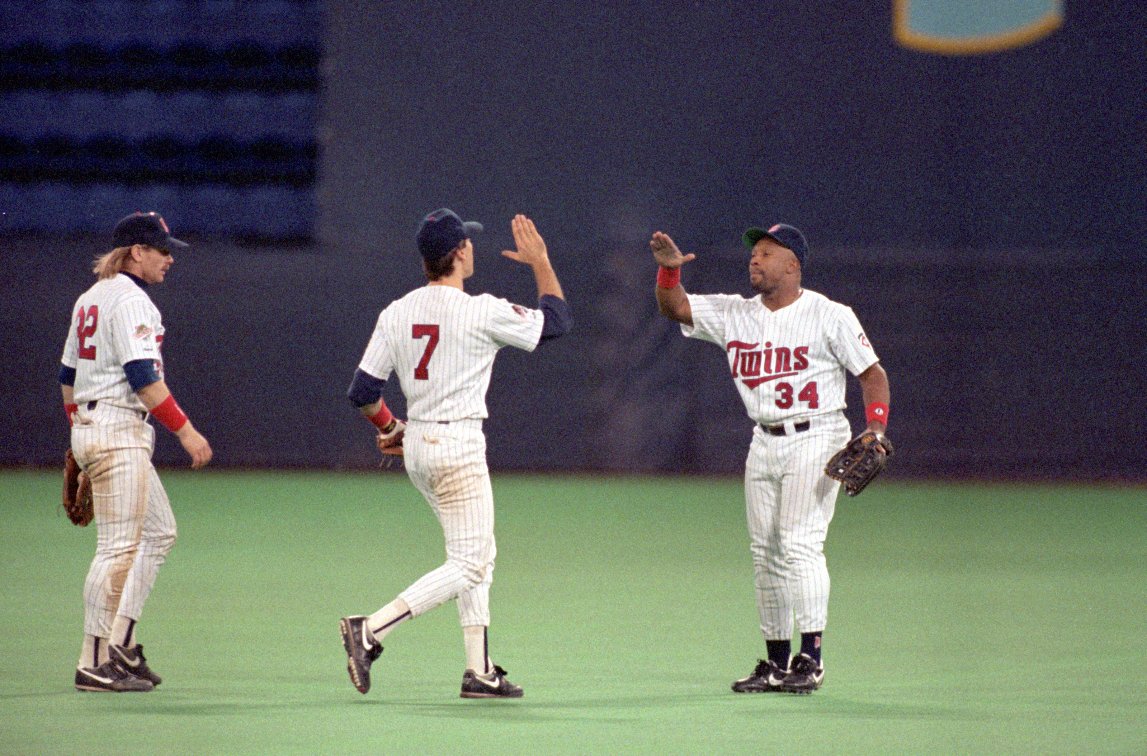Dan Gladded played along side Kirby Puckett from 1987 to 1991.