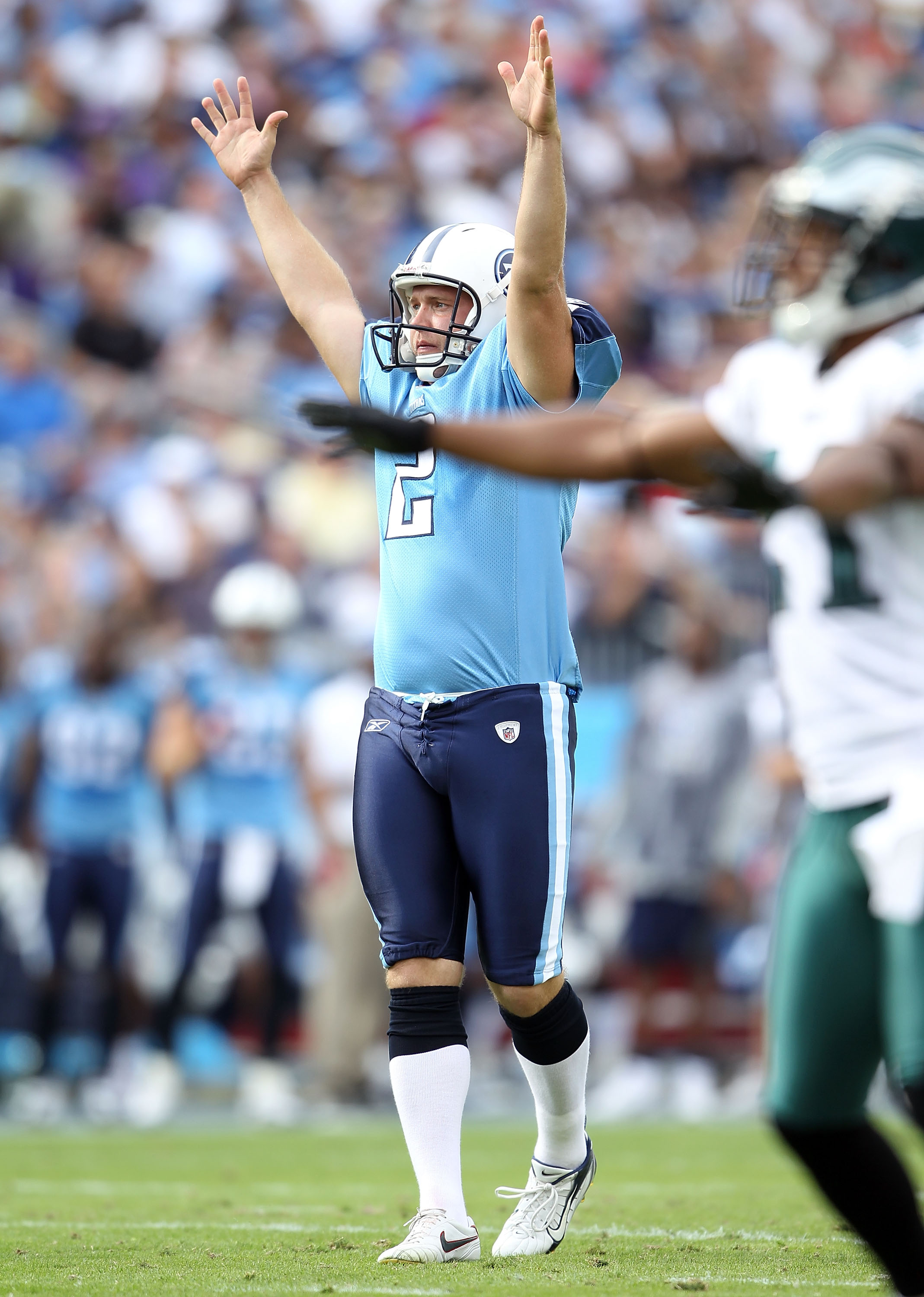 NASHVILLE, TN - OCTOBER 24:  Rob Bironas #2 of the Tennessee Titans  celebrates a kicking a field goal during the NFL game against the Philadelphia Eagles at LP Field on October 24, 2010 in Nashville, Tennessee. The Titans won 37-19.  (Photo by Andy Lyons