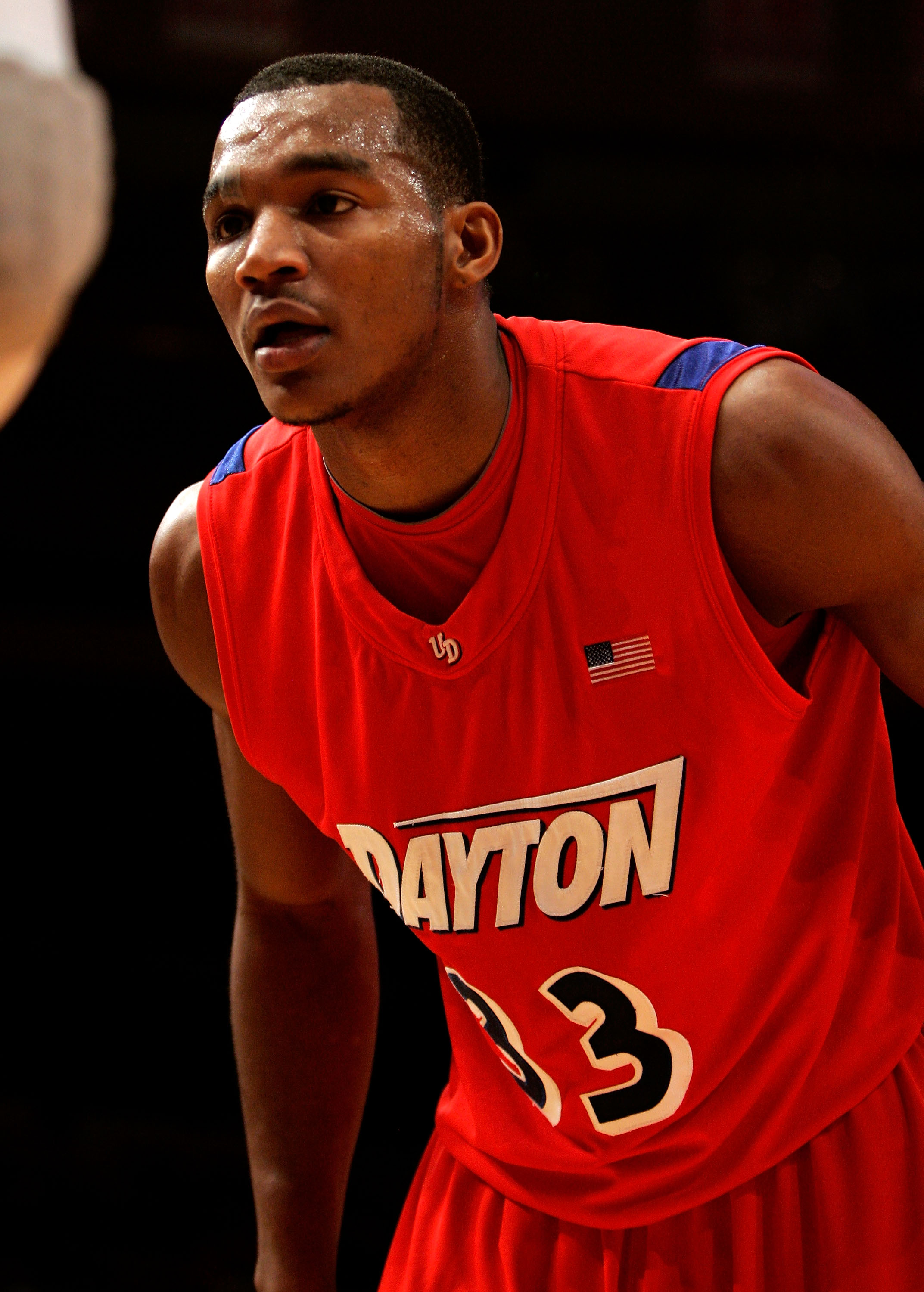 NEW YORK - JANUARY 13: Chris Wright #33 of the Dayton Flyers defends an inbound pass against the Fordham Rams at Madison Square Garden on January 13, 2010 in New York, New York.  (Photo by Mike Lawrie/Getty Images)