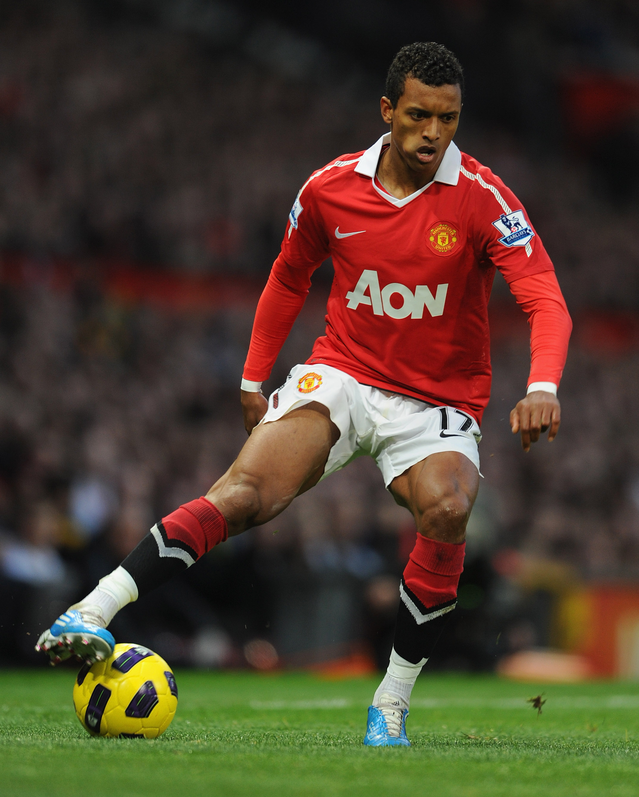 MANCHESTER, ENGLAND - OCTOBER 30: Nani of Manchester United on the ball during the Barclays Premier League match between Manchester United and Tottenham Hotspur at Old Trafford on October 30, 2010 in Manchester, England.  (Photo by Michael Regan/Getty Ima