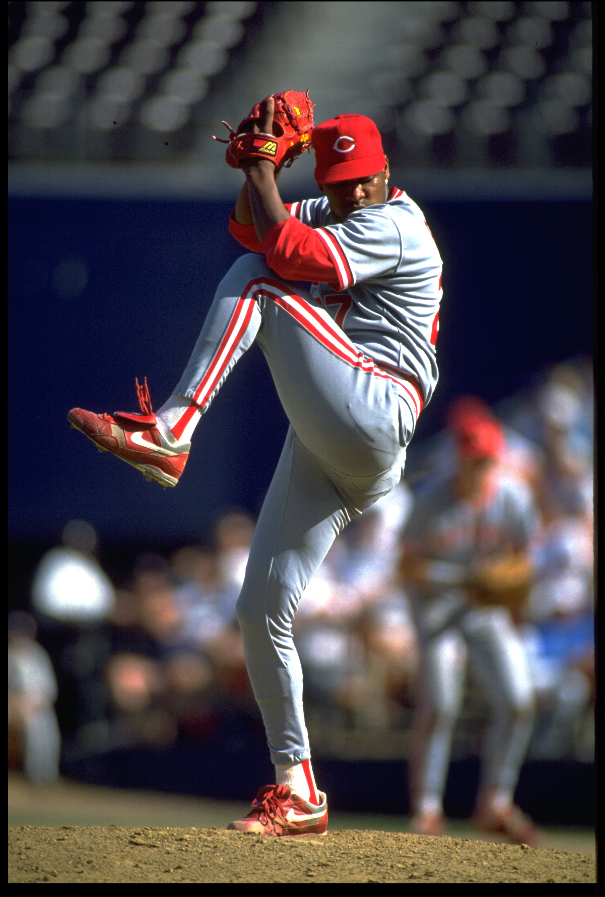 6 OCT 1991:  CINCINNATI REDS PITCHER JOSE RIJO WINDS UP TO PITCH DURING THE REDS VERSUS SAN DIEGO PADRES GAME AT JACK MURPHY STADIUM IN SAN DIEGO, CALIFORNIA.  MANDATORY CREDIT:  STEPHEN DUNN/ALLSPORT