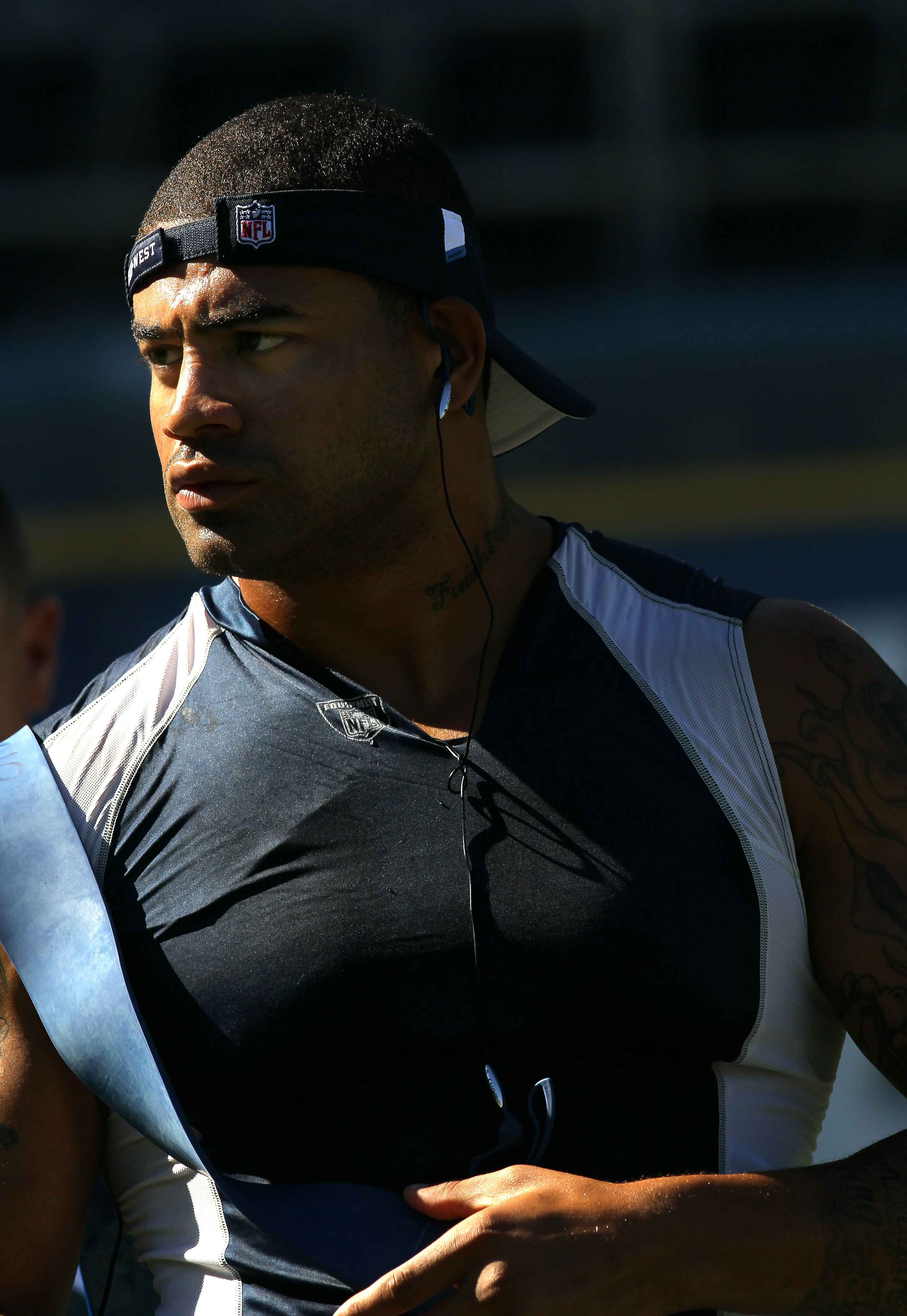 SAN DIEGO - AUGUST 14:  Linebacker Shawne Merriman #56 of the San Diego Chargers works out before the game with the Chicago Bears on August 14, 2010 at Qualcomm Stadium in San Diego, California.   Merriman signed his one year tender contract on Friday and
