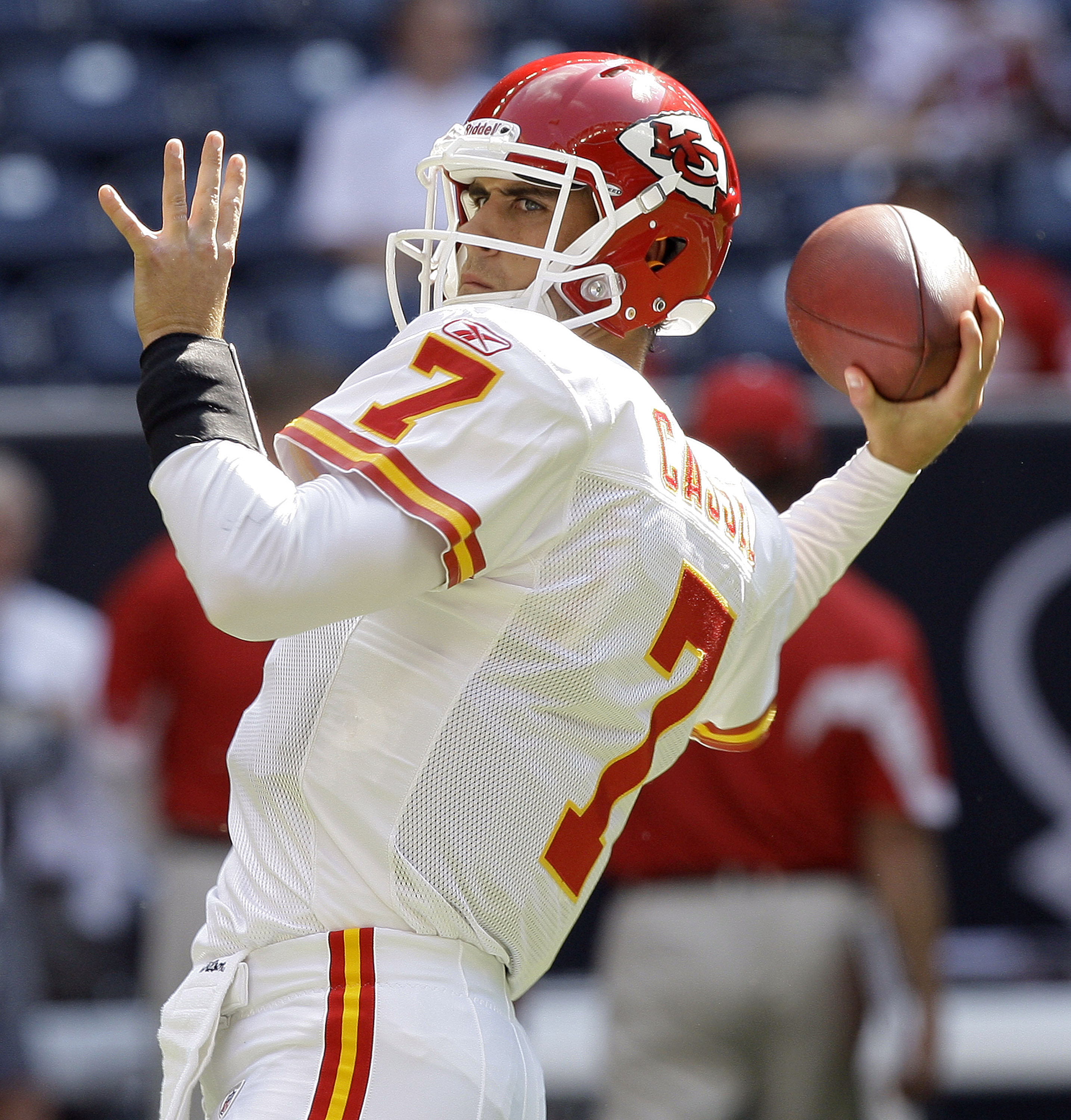 HOUSTON - OCTOBER 17:  Quarterback Matt Cassel #7 of the Kansas City Chiefs throws passes during warm ups before playing the Houston Texans at Reliant Stadium on October 17, 2010 in Houston, Texas.  (Photo by Bob Levey/Getty Images)