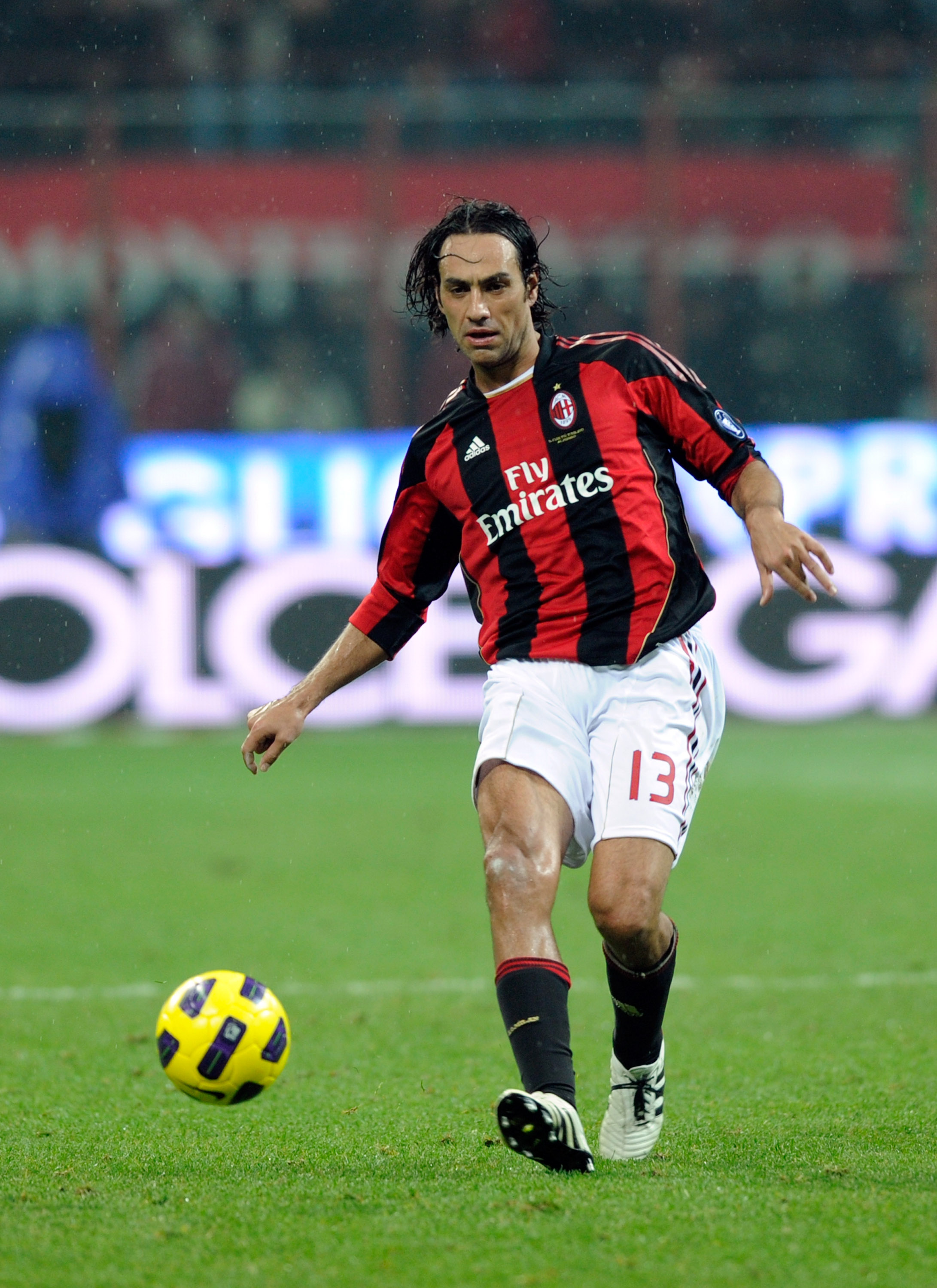 MILAN, ITALY - OCTOBER 30:  Alessandro Nesta of AC Milan during the Serie A match between Milan and Juventus at Stadio Giuseppe Meazza on October 30, 2010 in Milan, Italy.  (Photo by Claudio Villa/Getty Images)
