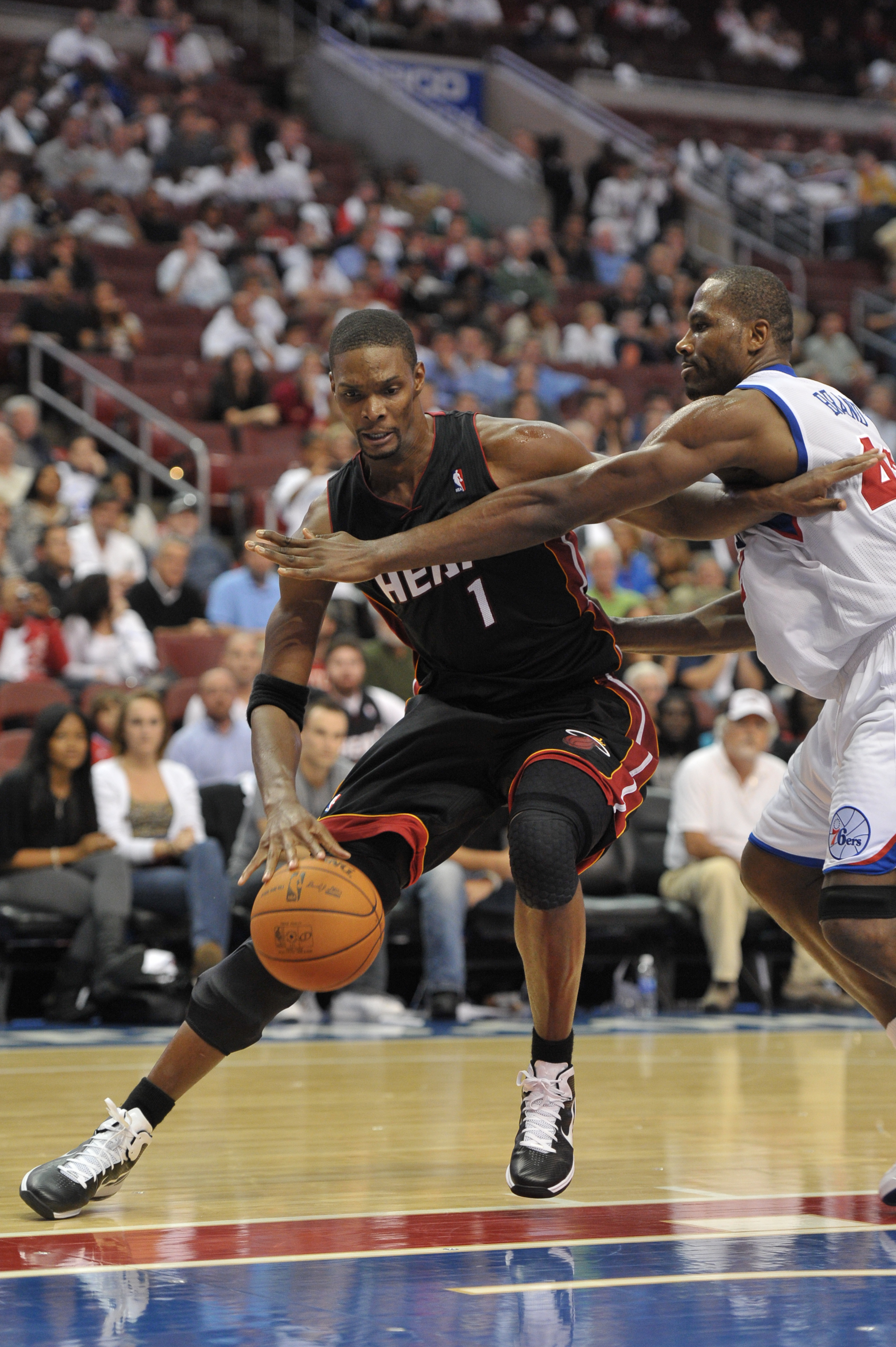 8252e7c8a140 PHILADELPHIA - OCTOBER 27  Chris Bosh  1 of the Miami Heat in action during