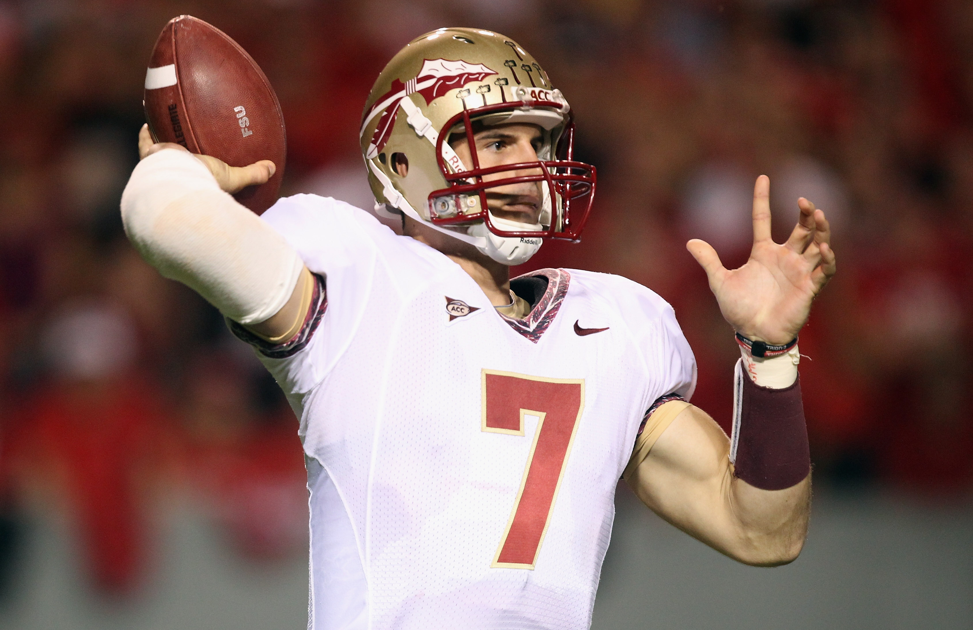 RALEIGH, NC - OCTOBER 28:  Christian Ponder #7 of the Florida State Seminoles drops back to throw a pass against the North Carolina State Wolfpack during their game at Carter-Finley Stadium on October 28, 2010 in Raleigh, North Carolina.  (Photo by Street