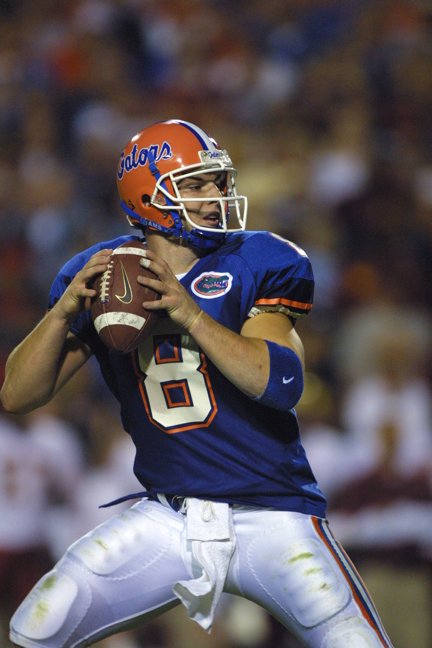 17 Nov 2001:  Florida Gator quarterback Rex Grossman, #8 drops back to pass against Florida State at Florida Field in Gainesville, Florida. Florida won 31-13. DIGITAL IMAGE. Mandatory Credit: Scott Halleran/Getty Images