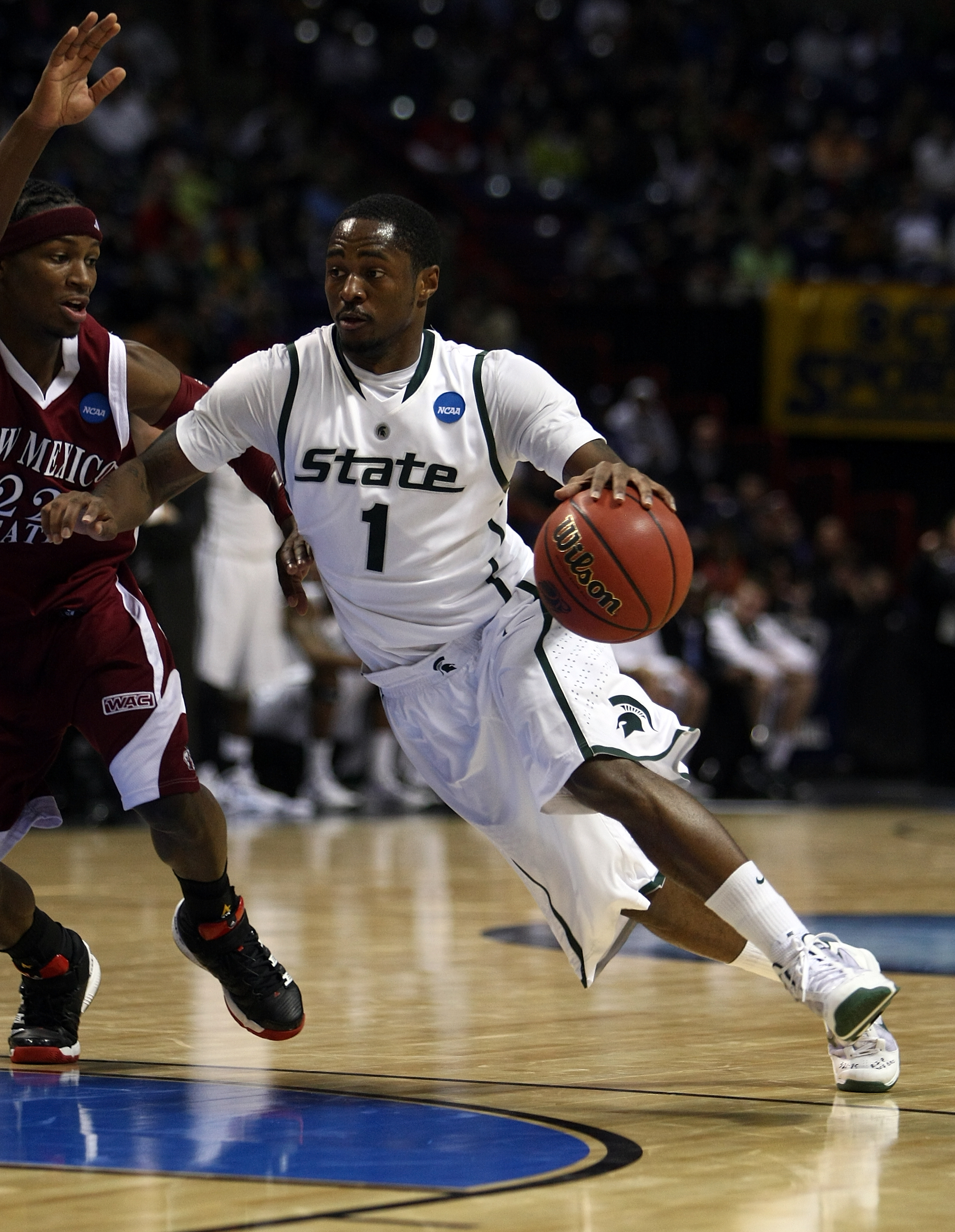 SPOKANE, WA - MARCH 19:  Kalin Lucas #1 of the Michigan St. Spartans drives to the basket against the New Mexico St. Aggies during the first round of the 2010 NCAA men's basketball tournament at Spokane Arena on March 19, 2010 in Spokane, Washington.  (Ph