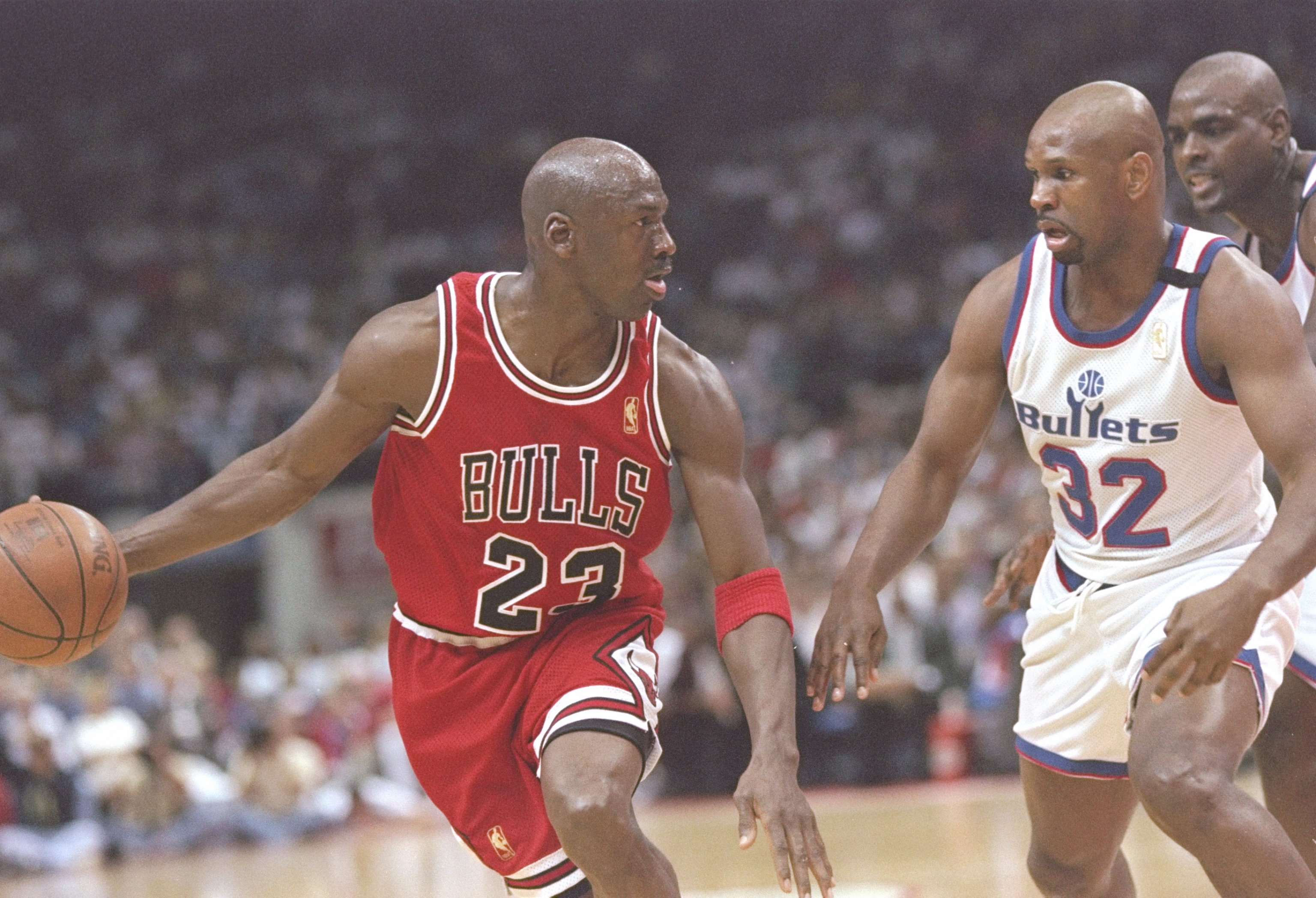 2e911359e24d 30 Apr 1997  Guard Michael Jordan of the Chicago Bulls tries to drive past  guard