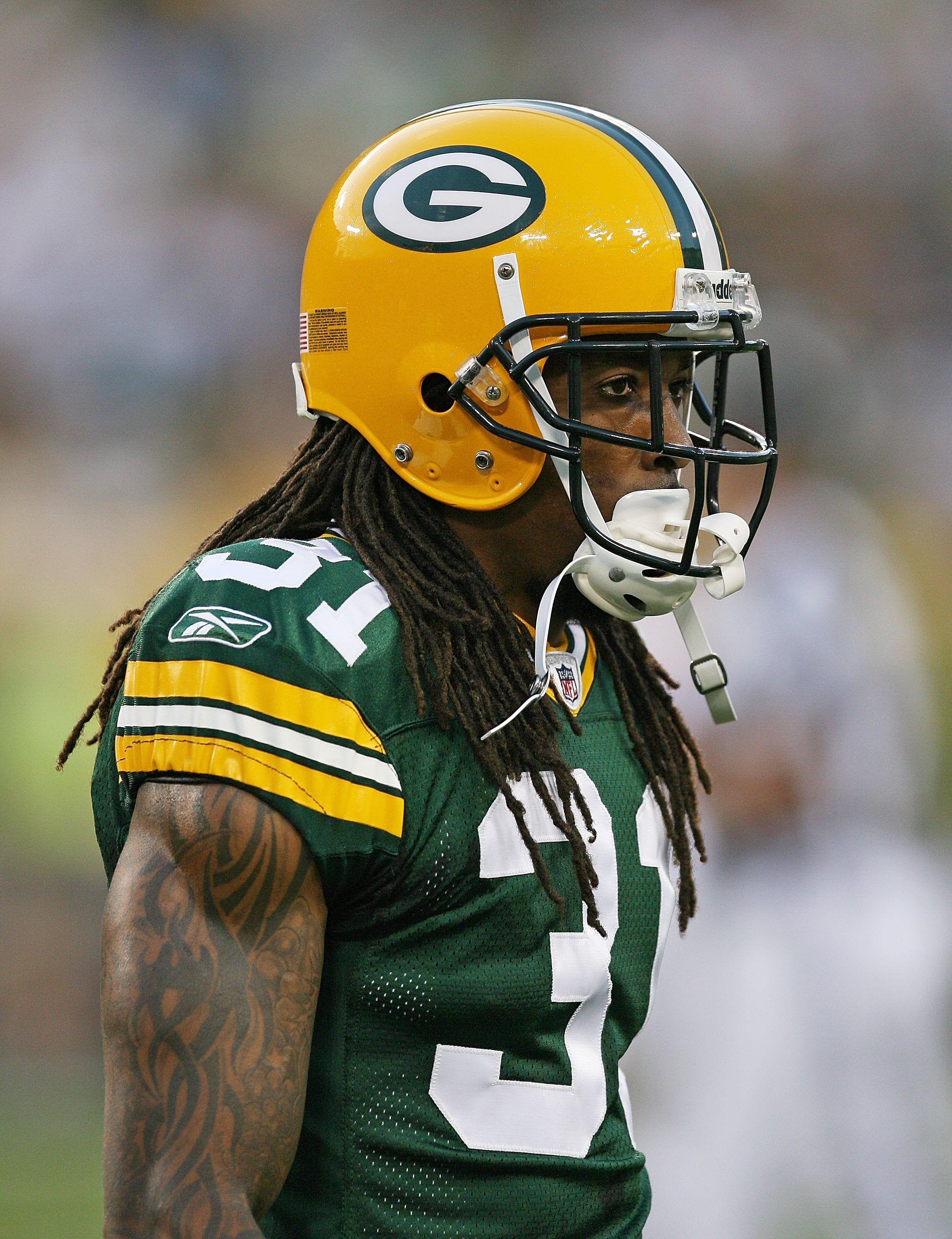 GREEN BAY, WI - SEPTEMBER 13: Al Harris #31 of the Green Bay Packers participates in warm-ups before a game against the Chicago Bears on September 13, 2009 at Lambeau Field in Green Bay, Wisconsin. The Packers defeated the Bears 21-15. (Photo by Jonathan