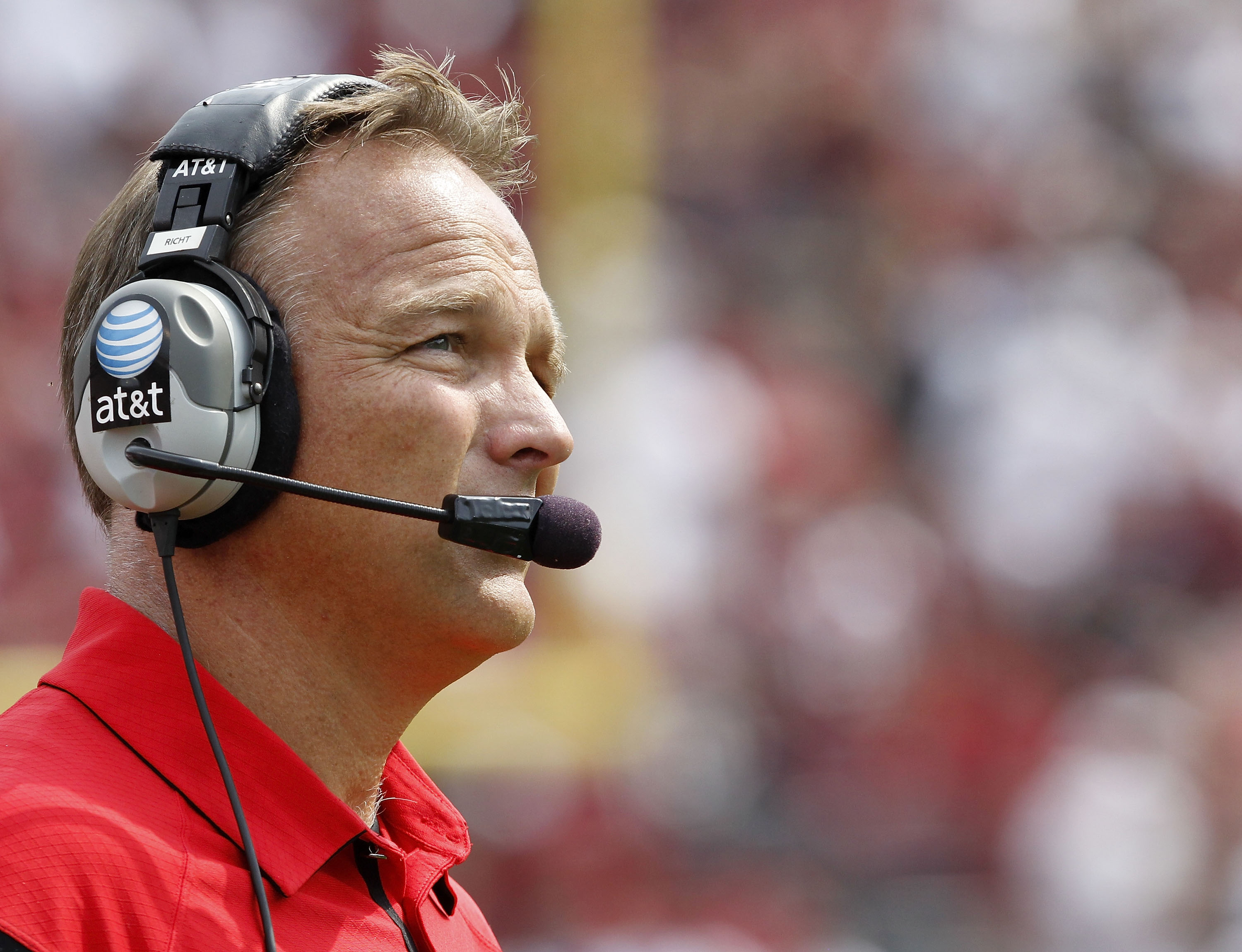 COLUMBIA, SC - SEPTEMBER 11:  Georgia Bulldogs head coach Mark Richt watches the action on the field during the game against the South Carolina Gamecocks at Williams-Brice Stadium on September 11, 2010 in Columbia, South Carolina.  (Photo by Mike Zarrilli