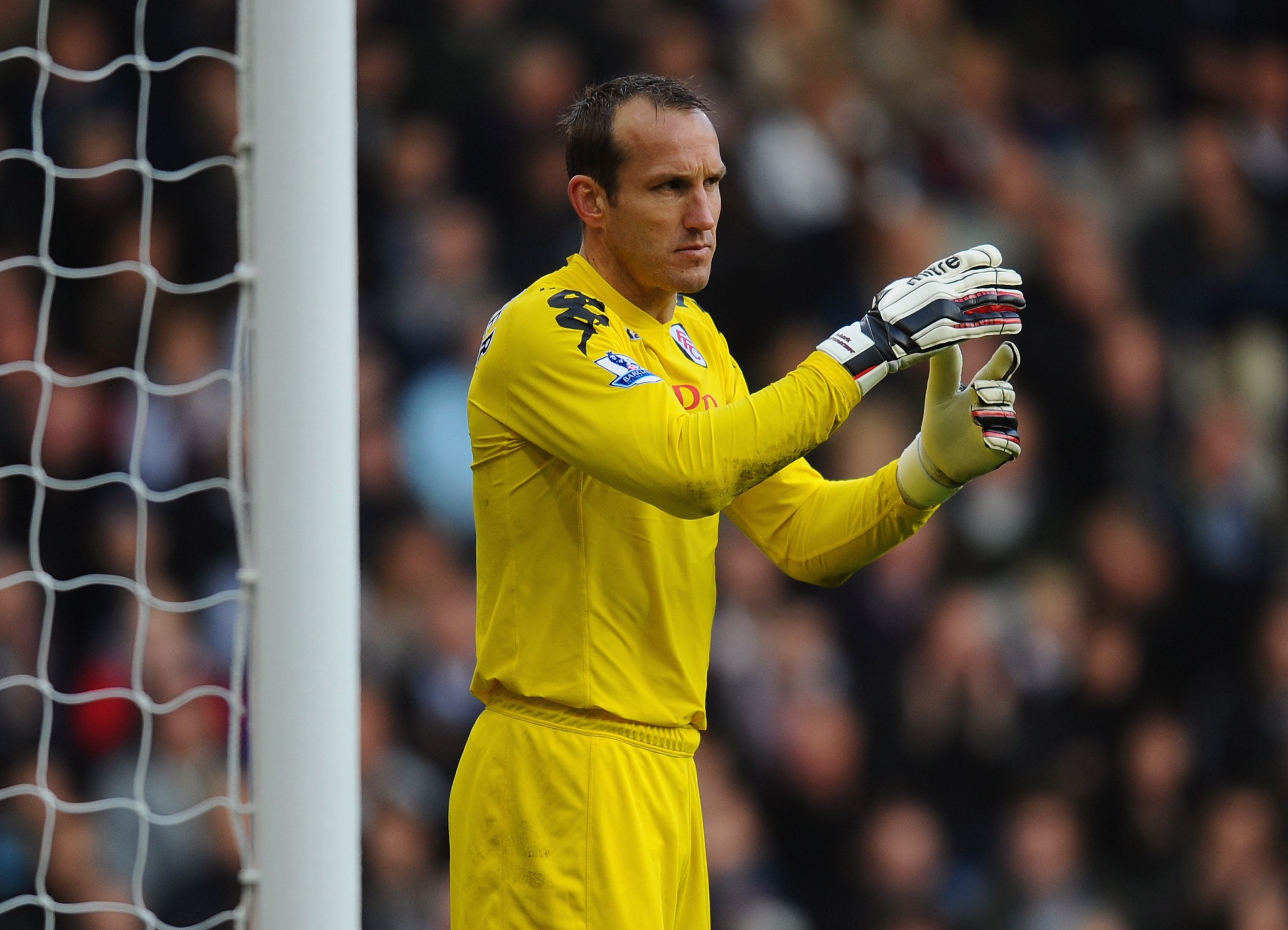 WEST BROMWICH, ENGLAND - OCTOBER 23:  Mark Schwarzer of Fulham in action during the Barclays Premier League match between West Bromwich Albion and Fulham at The Hawthorns on October 23, 2010 in West Bromwich, England.  (Photo by Mike Hewitt/Getty Images)