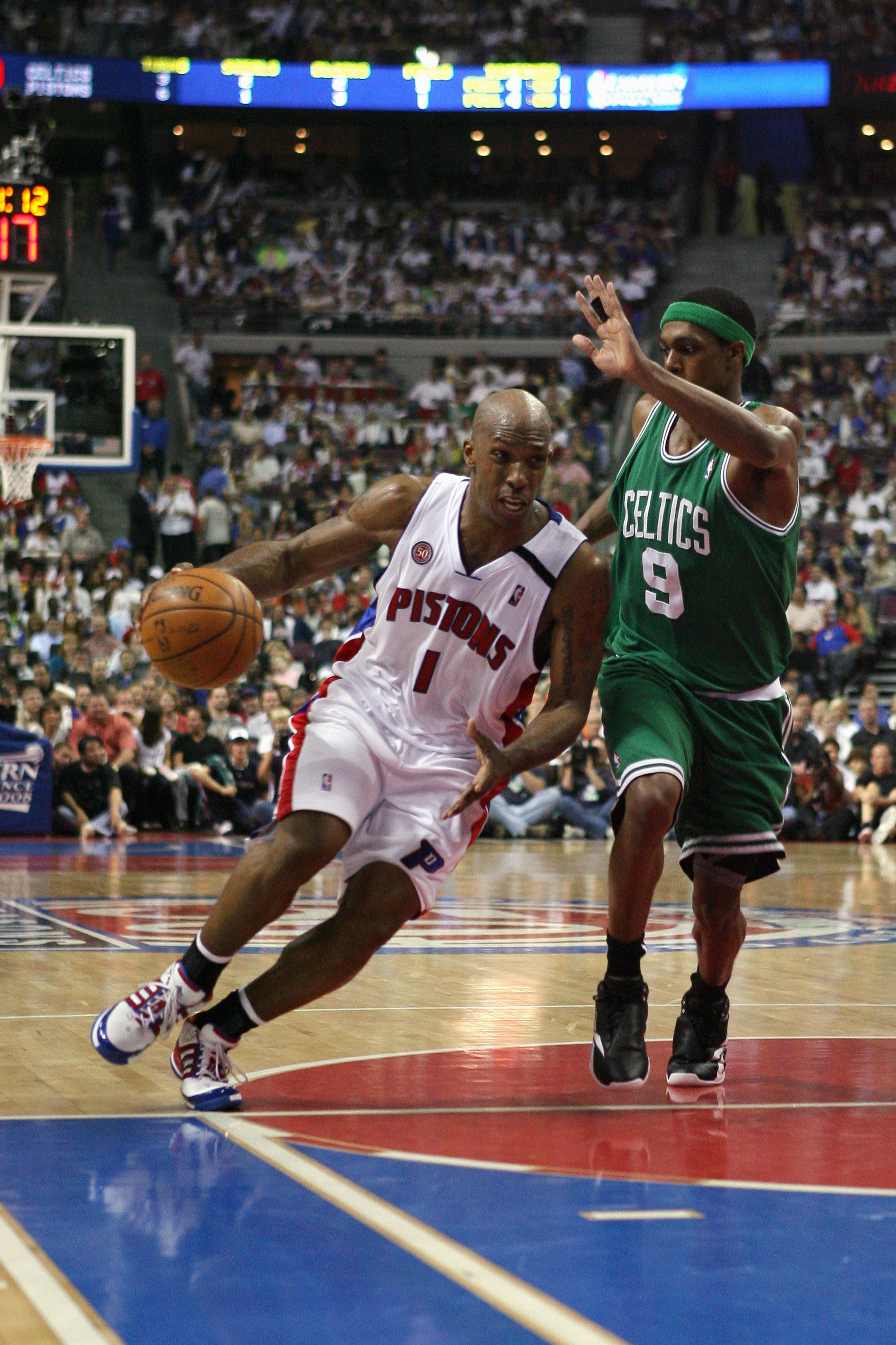 AUBURN HILLS, MI - MAY 30:  Chauncey Billups #1 of the Detroit Pistons drives to the basket against Rajon Rondo #1 of the Boston Celtics in Game Six of the Eastern Conference Finals during the 2008 NBA Playoffs at the Palace of Auburn Hills on May 30, 200