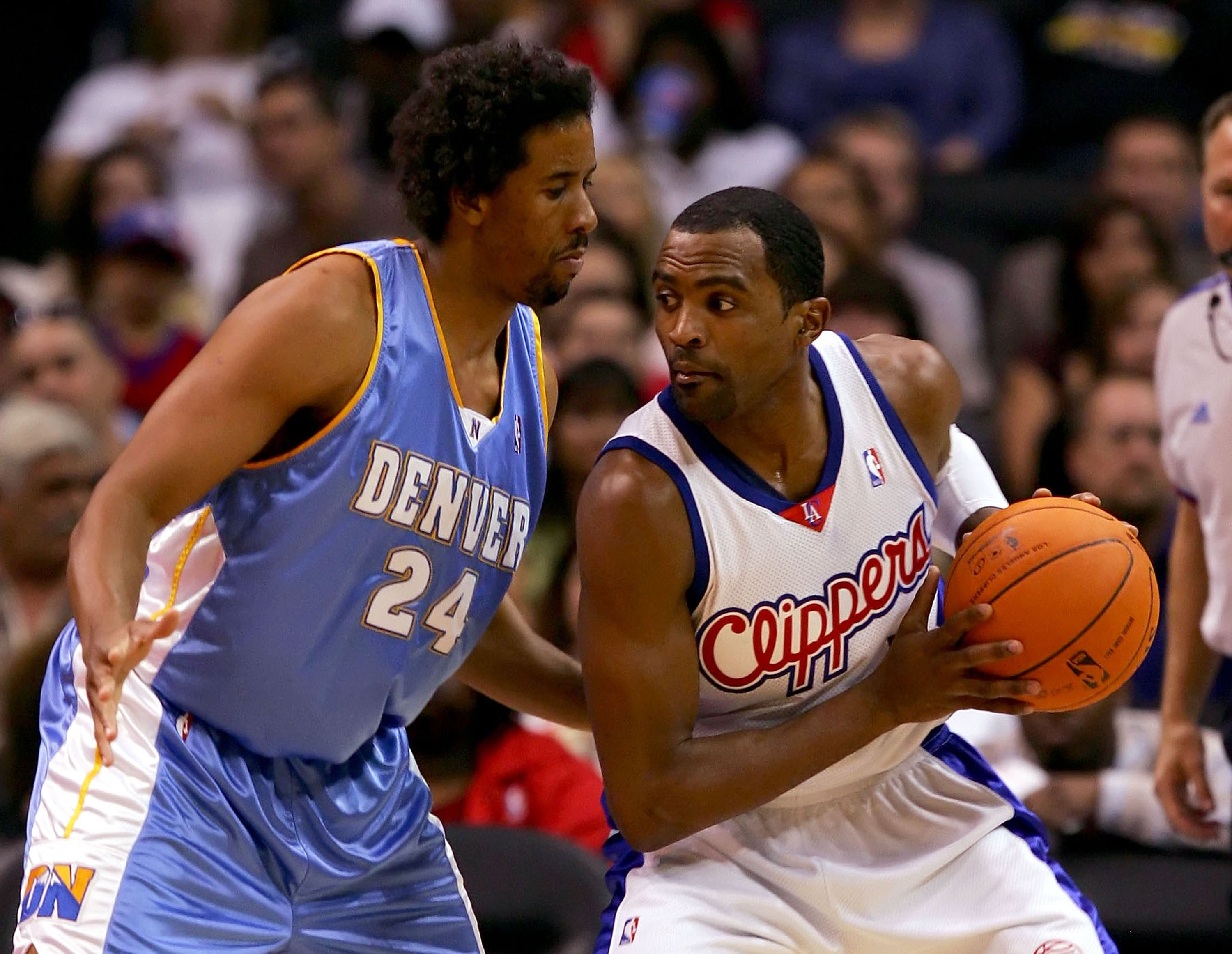 LOS ANGELES - OCTOBER 27:   Andre Miller #24 of the Denver Nuggets puts the pressure on Cuttino Mobley #5 of the Los Angeles Clippers on October 27, 2006 at Staples Center in Los Angeles, California. NOTE TO USER: User expressly acknowledges and agrees th