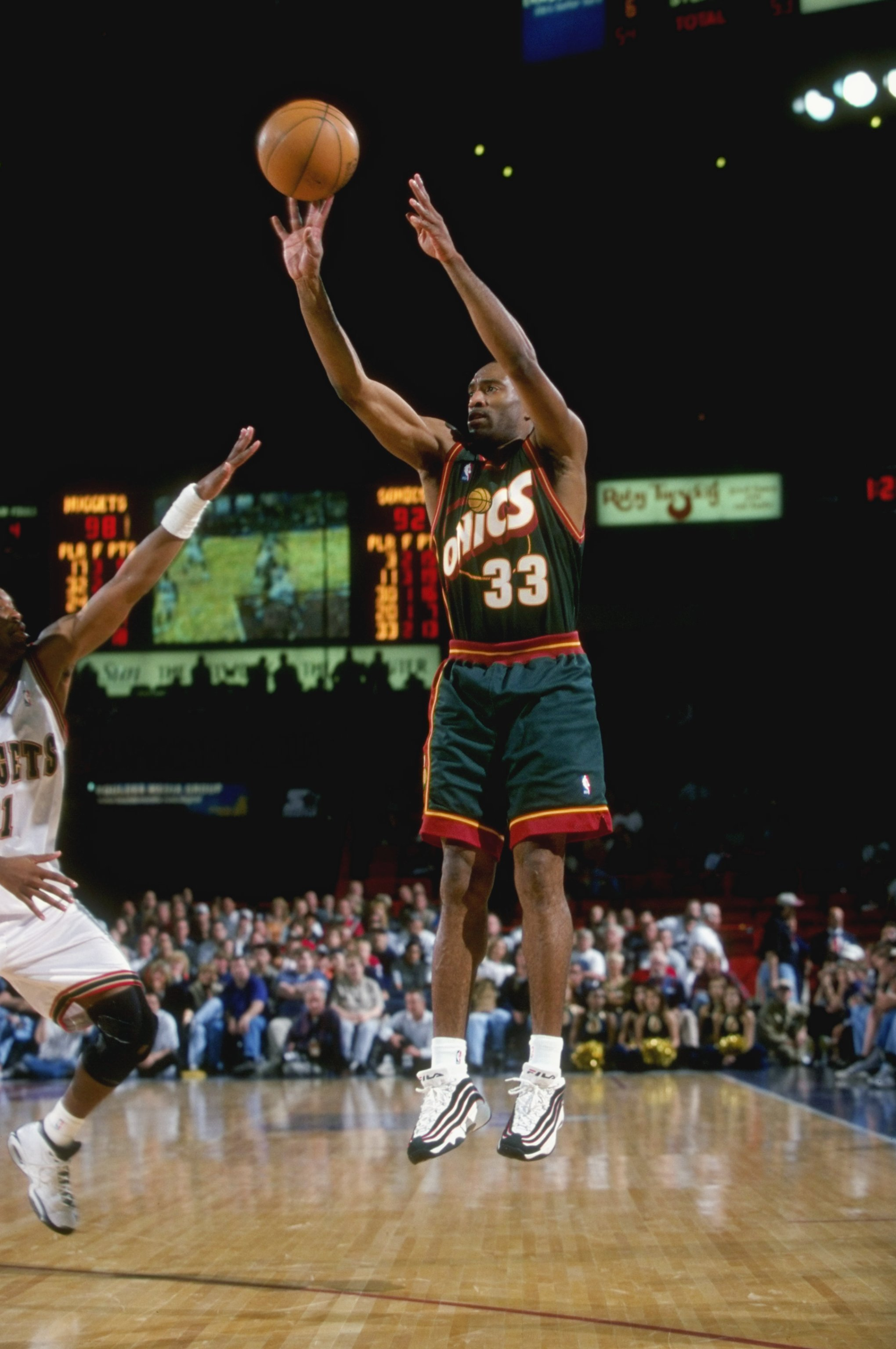 21 Mar 1999:  Hersey Hawkins #33 of the Seattle SuperSonics shooting the ball during the game against the Denver Nuggets at the McNichols Arena in Denver, Colorado. The Nuggets defeated the Sonics 102-98.   Mandatory Credit: Brian Bahr  /Allsport